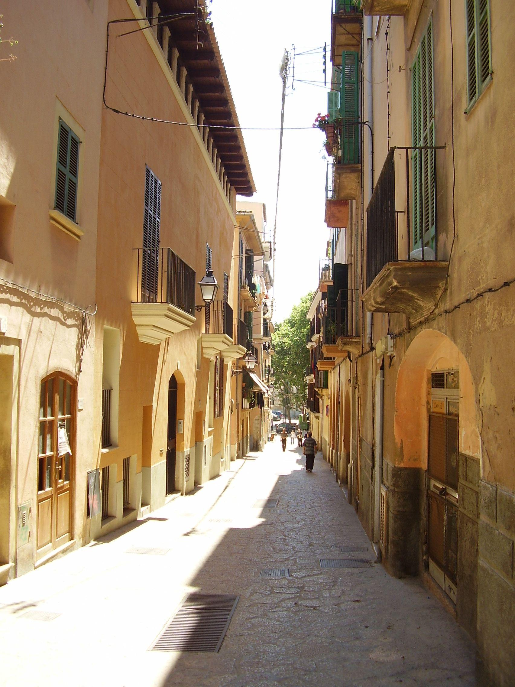 Una de las calles del barrio de San Pedro en Palma de Mallorca, barrio originario de Pedro Bonet Mir.