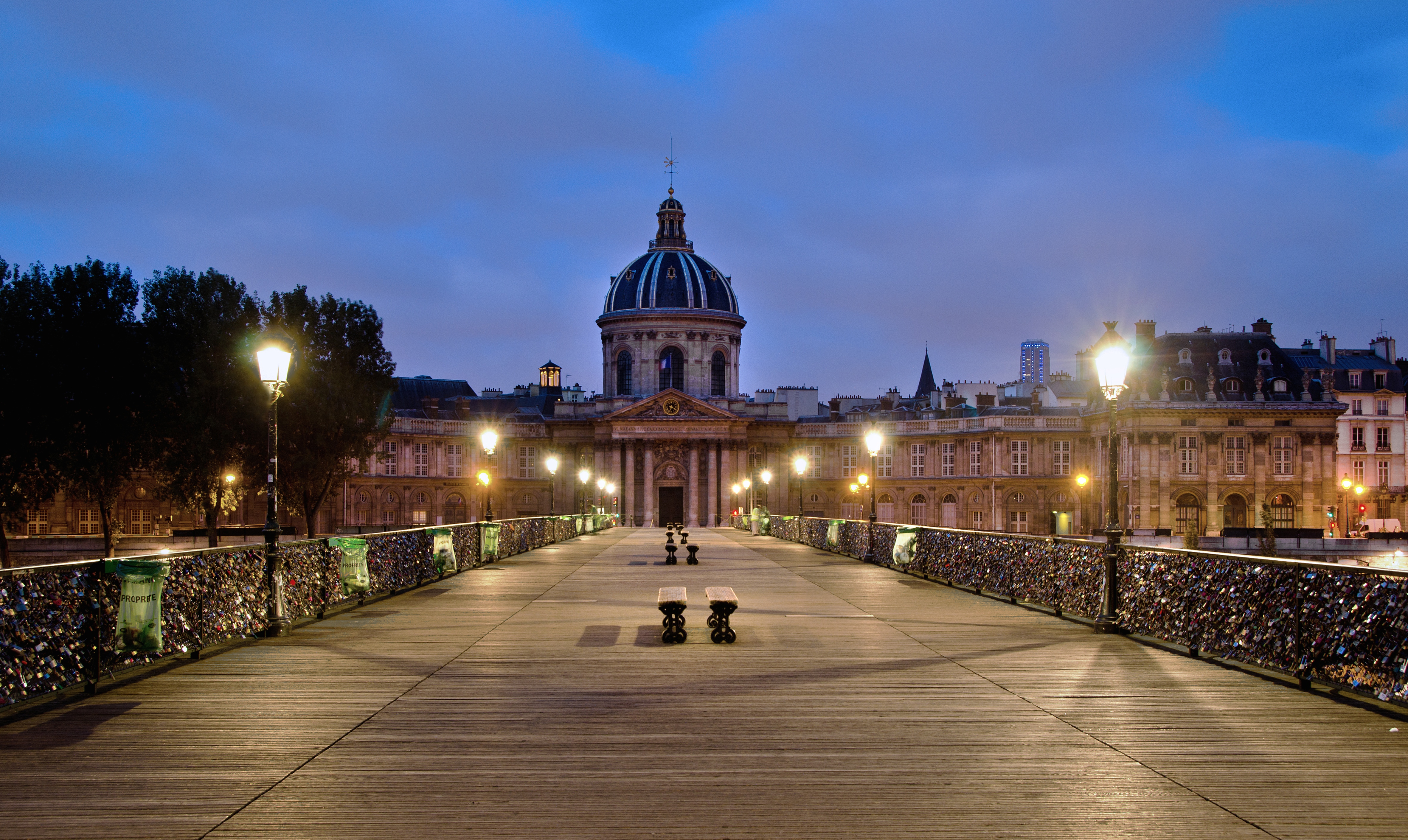 file pont des arts 2 paris wikimedia commons. Black Bedroom Furniture Sets. Home Design Ideas