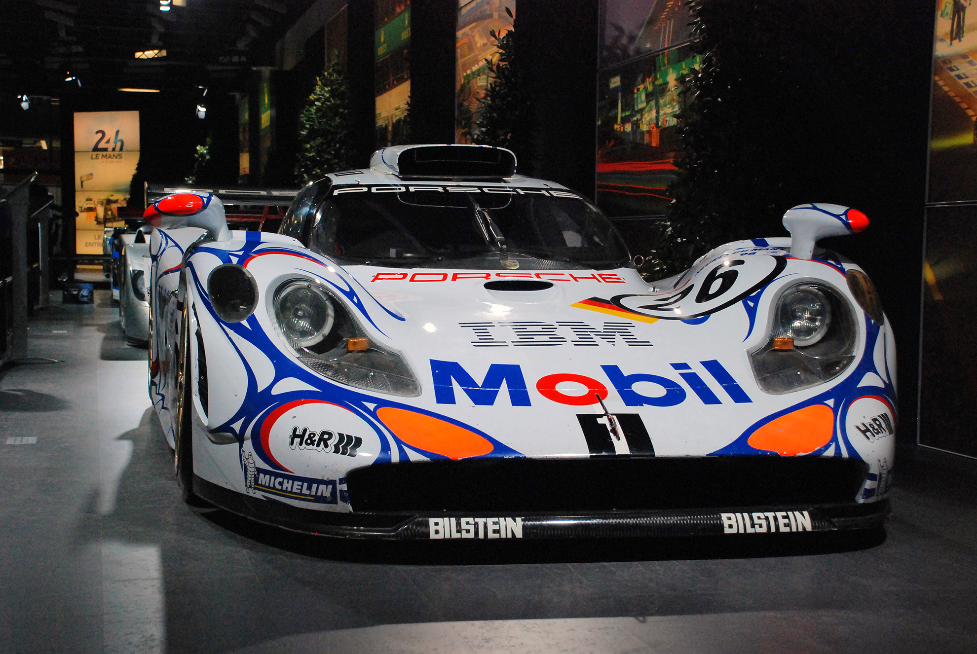 Porsche_911_GT1_n%C2%B026_%28winner_of_the_1998_24h_of_Le_Mans_race%29 Exciting Anson Racing Porsche 911 Gt1 Cars Trend