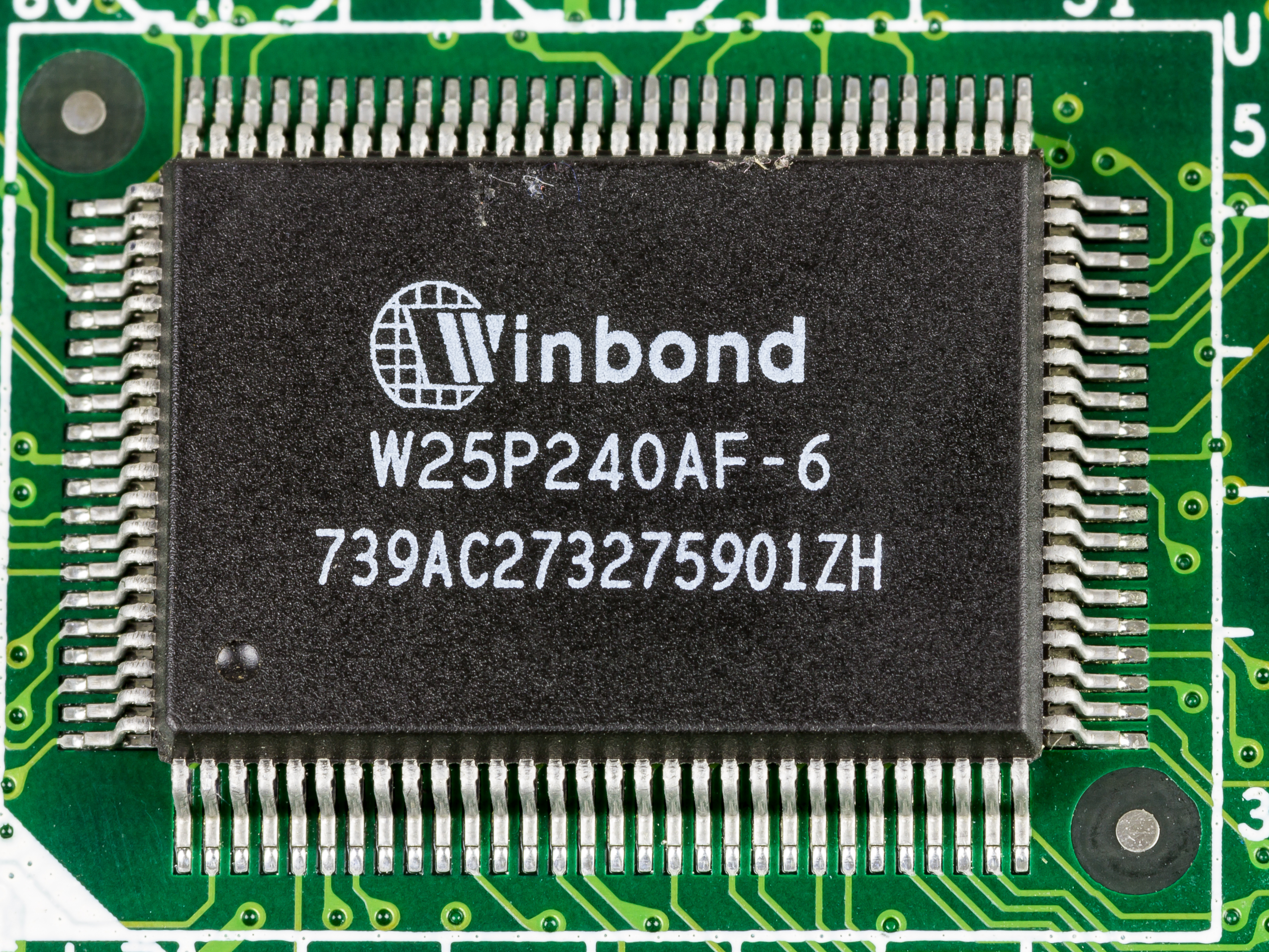 Filerocky 518hv Winbond W25p240af 6 2397 Wikimedia Commons The History Of Integrated Circuits And Microchips Thumbnail For Version As 1116 October 2016