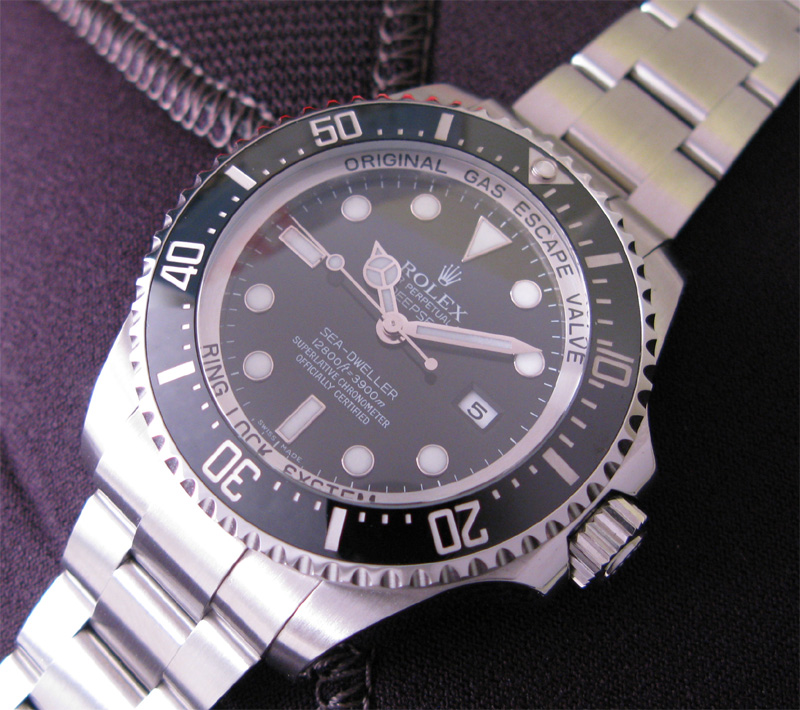 Rolex Sea Dweller Deepsea with 3,900m depth rating (ref. 116660)