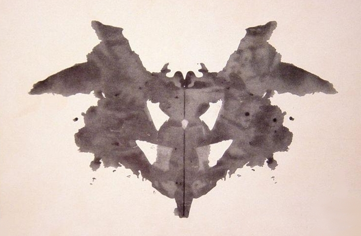 https://upload.wikimedia.org/wikipedia/commons/7/70/Rorschach_blot_01.jpg