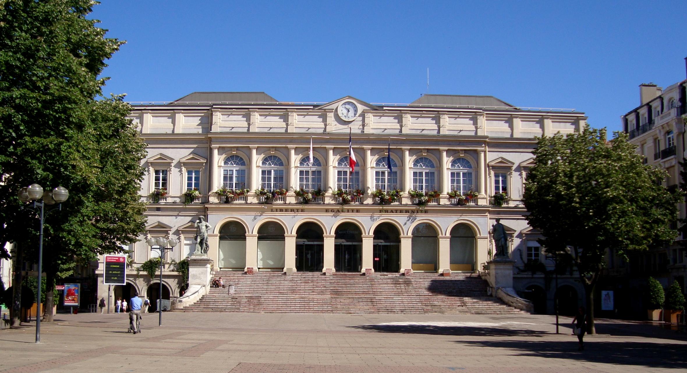 Place De L Hotel De Ville Saint Etienne