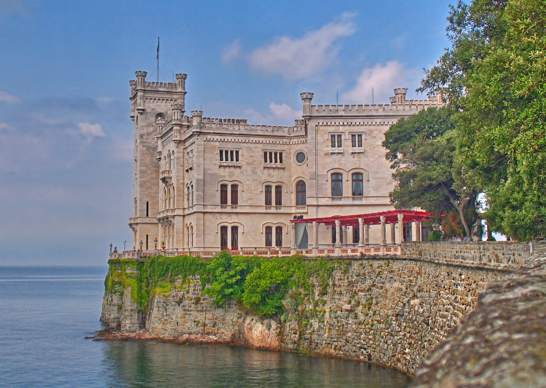 Mira Hotel Schloss Rosenegg Fieberbrunn Tirol Osterreich