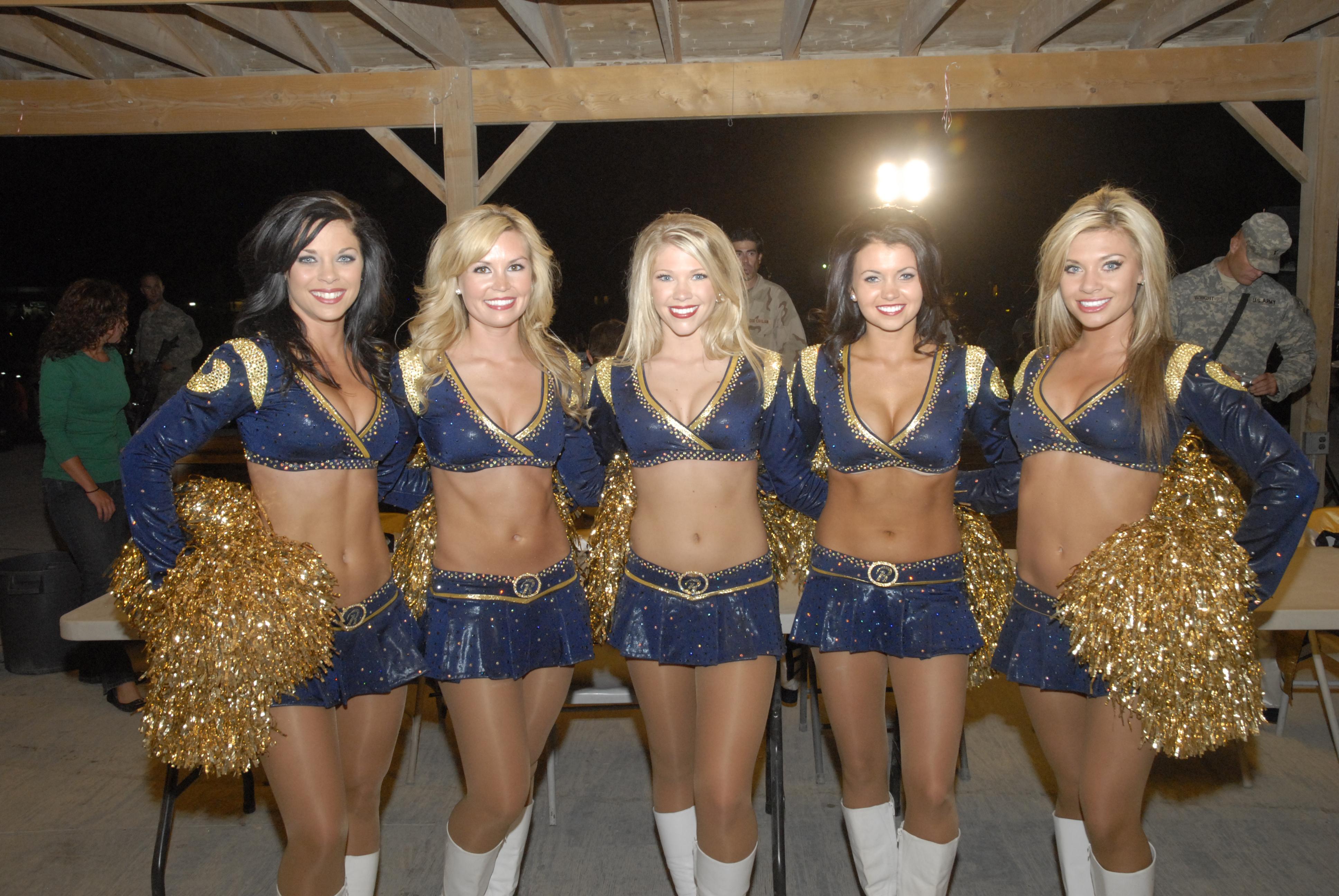 File St Louis Rams Cheerleaders Jpg Wikimedia Commons