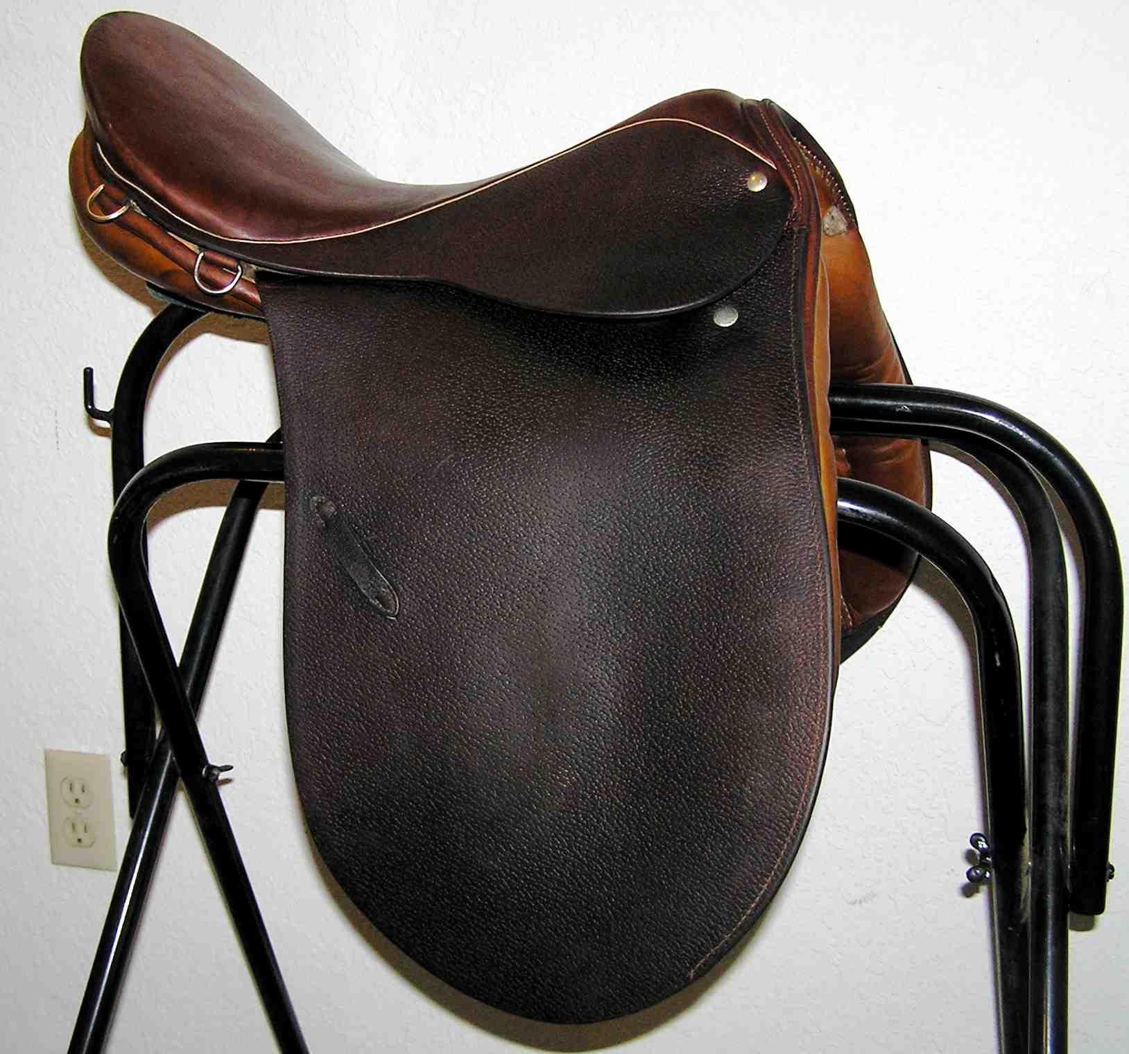 English Saddle (Stubben Tristan)
