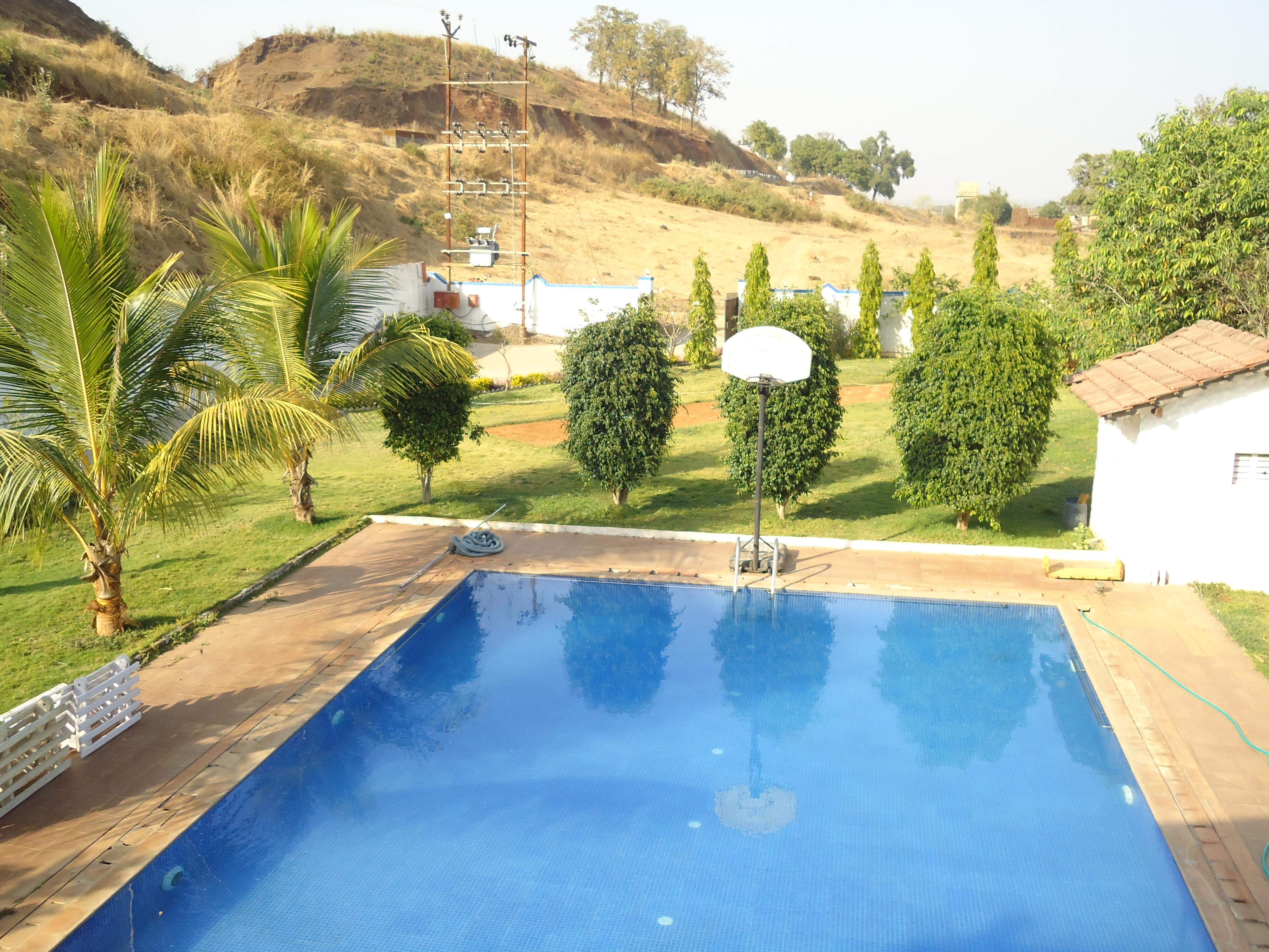 File Swimming Pool In Karjatvilla Farmhouse Jpg Wikimedia Commons
