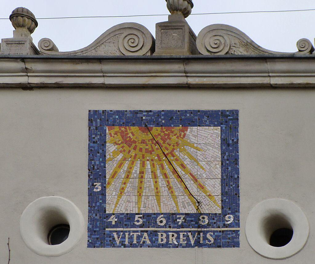 Vita brevis ars longa occasio praeceps experimentum for Vita brevis ars longa tattoo