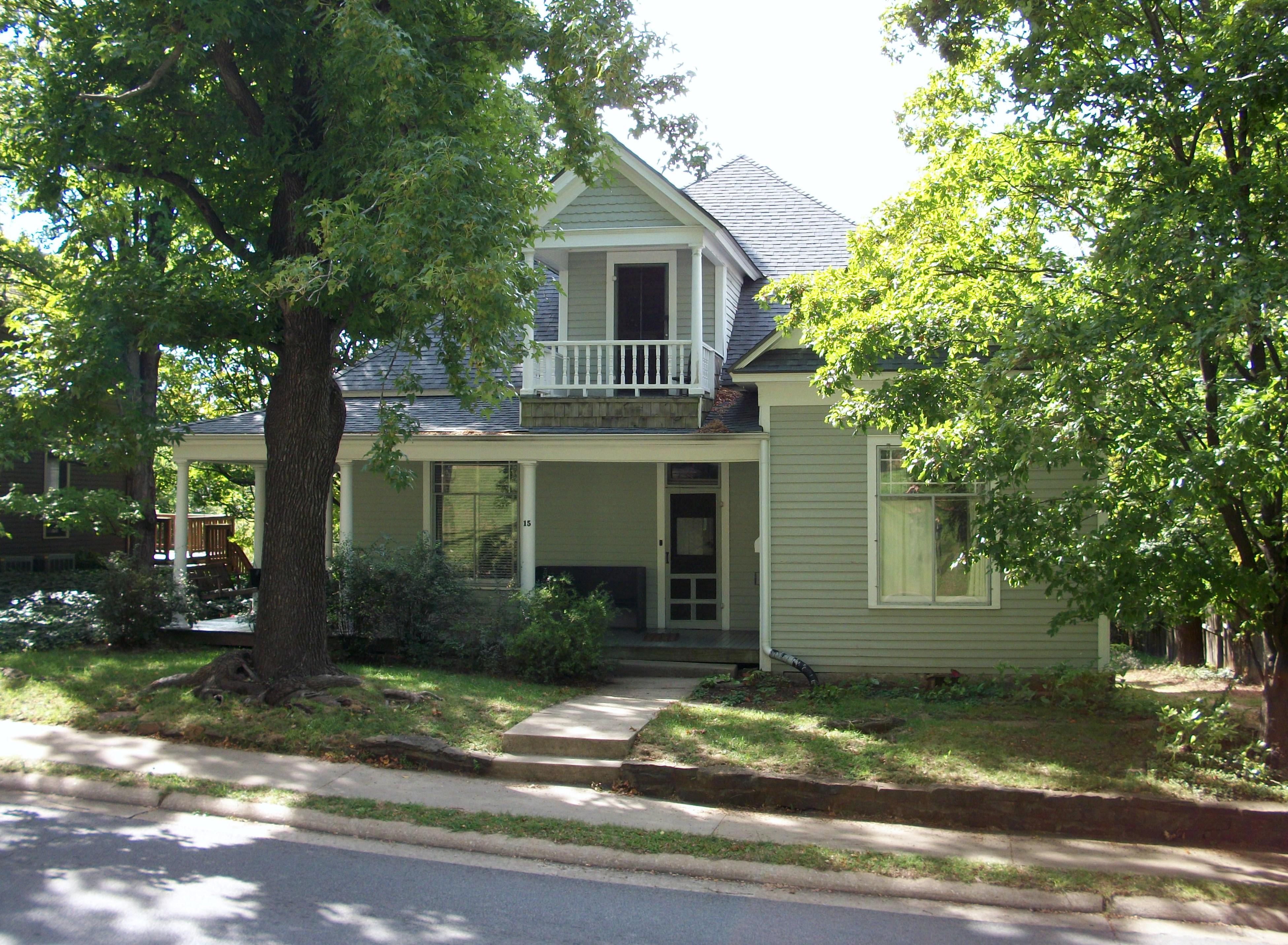 Houses for rent fayetteville ar house plan 2017 for Home builders in arkansas