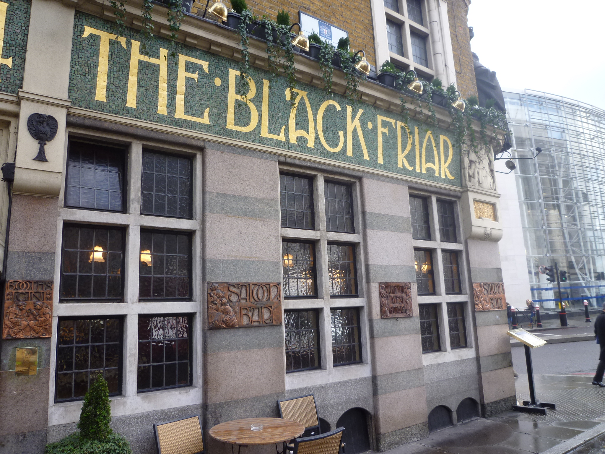 The Black Friar Pub, London (a href=
