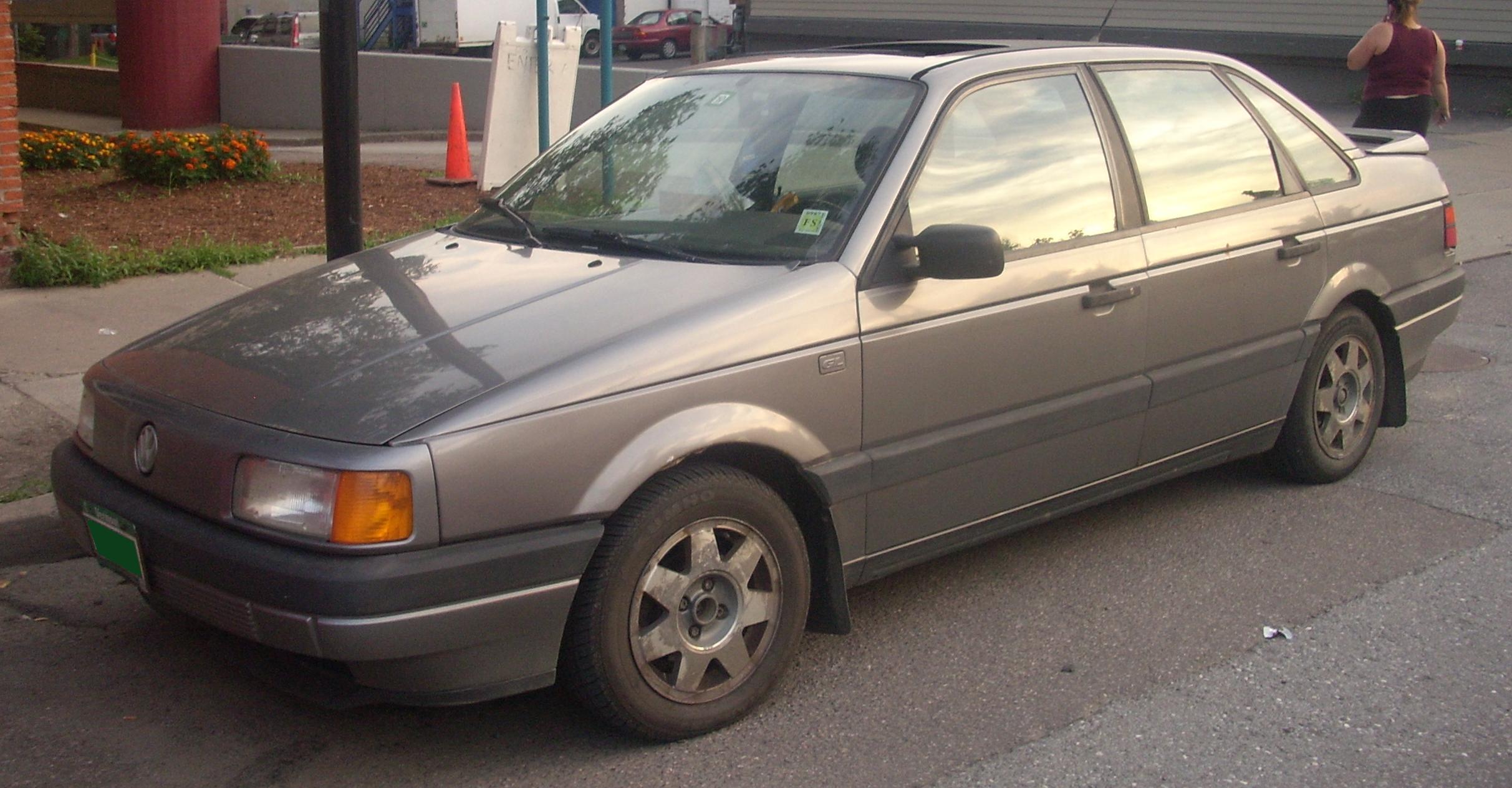 Четвёртое поколение Volkswagen Passat несмотря на некоторое внешние отличие с третьим поколением отличается от B3...