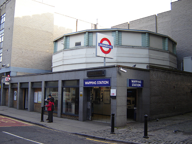Wapping railway station
