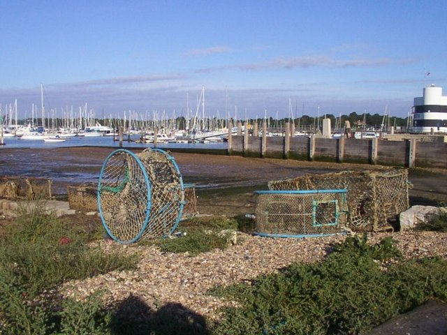Warsash - geograph.org.uk - 128917