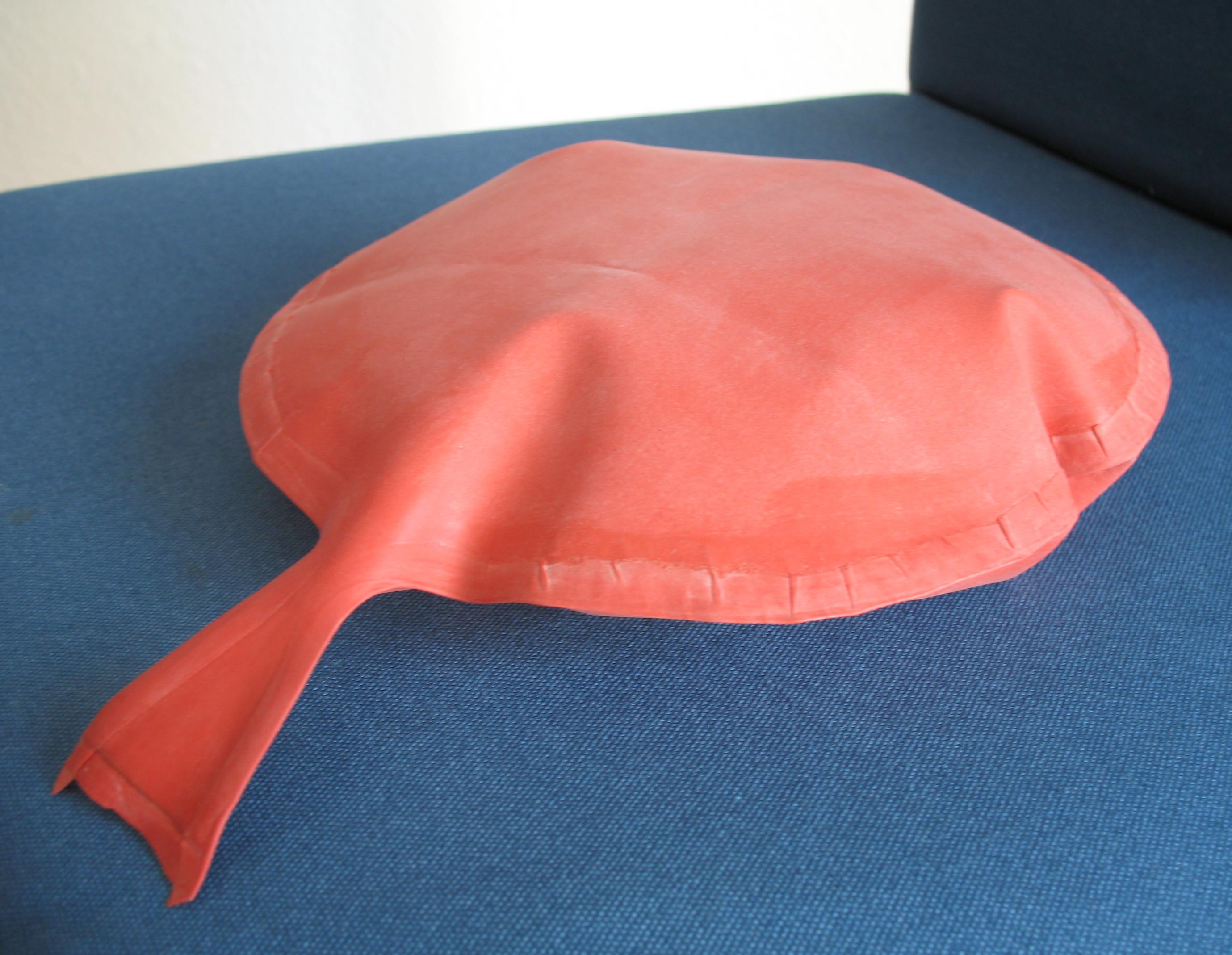 Как сделать подушку-пердушку своими руками