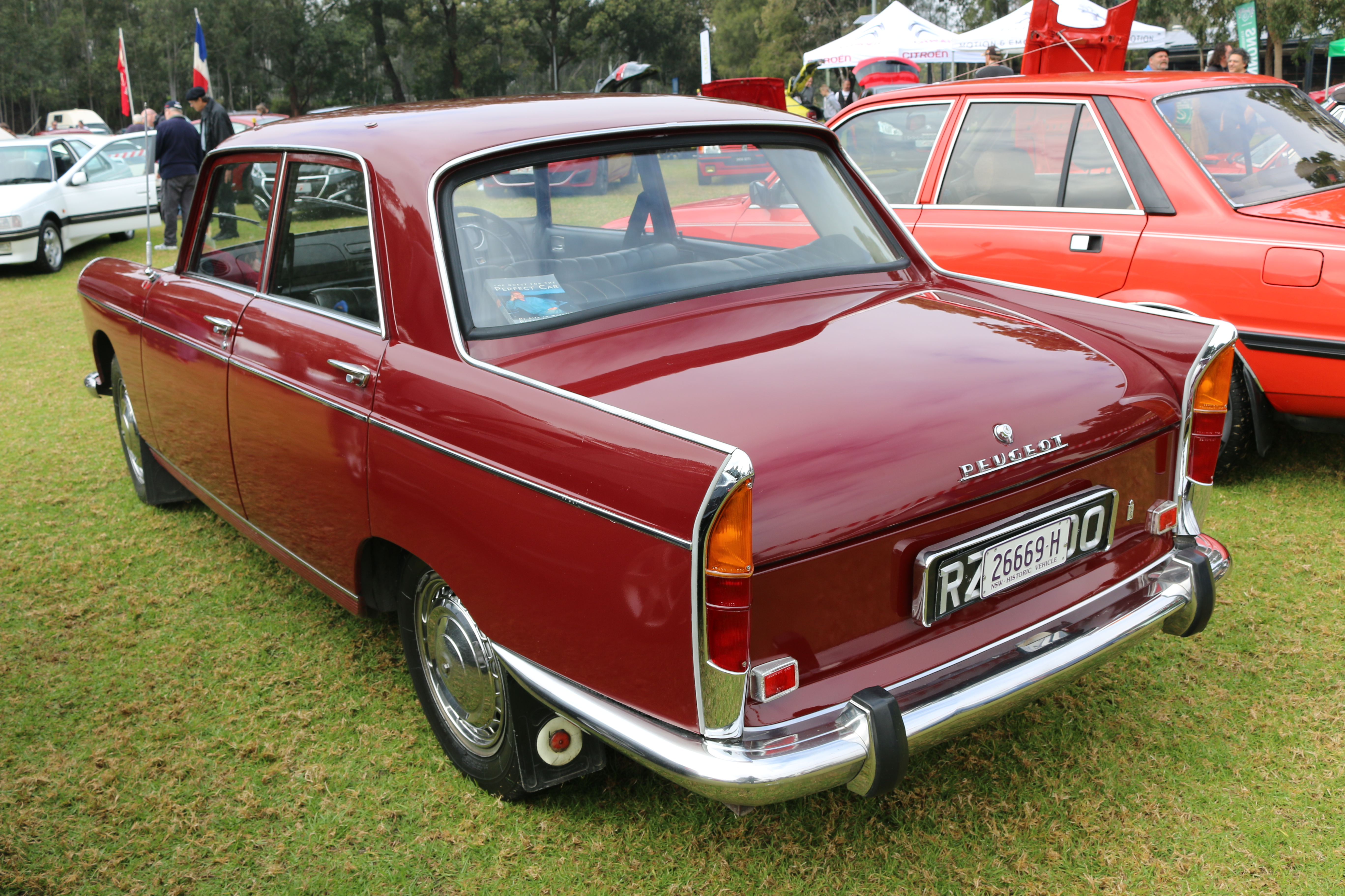 File 1969 Peugeot 404 Sedan 28295183763 Jpg Wikimedia Commons