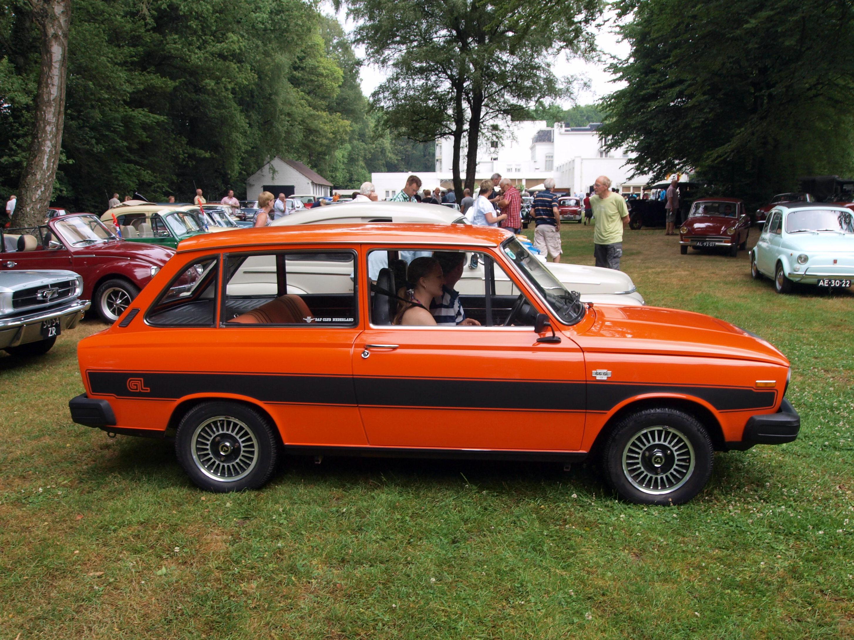 File 1977 Volvo 643930  Dutch Licence Registration 70