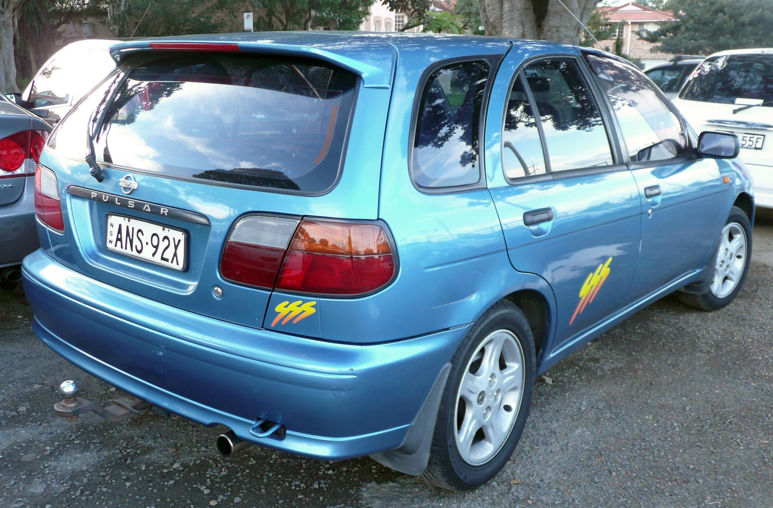 File 1995 1998 Nissan Pulsar N15 Sss 5 Door Hatchback 03