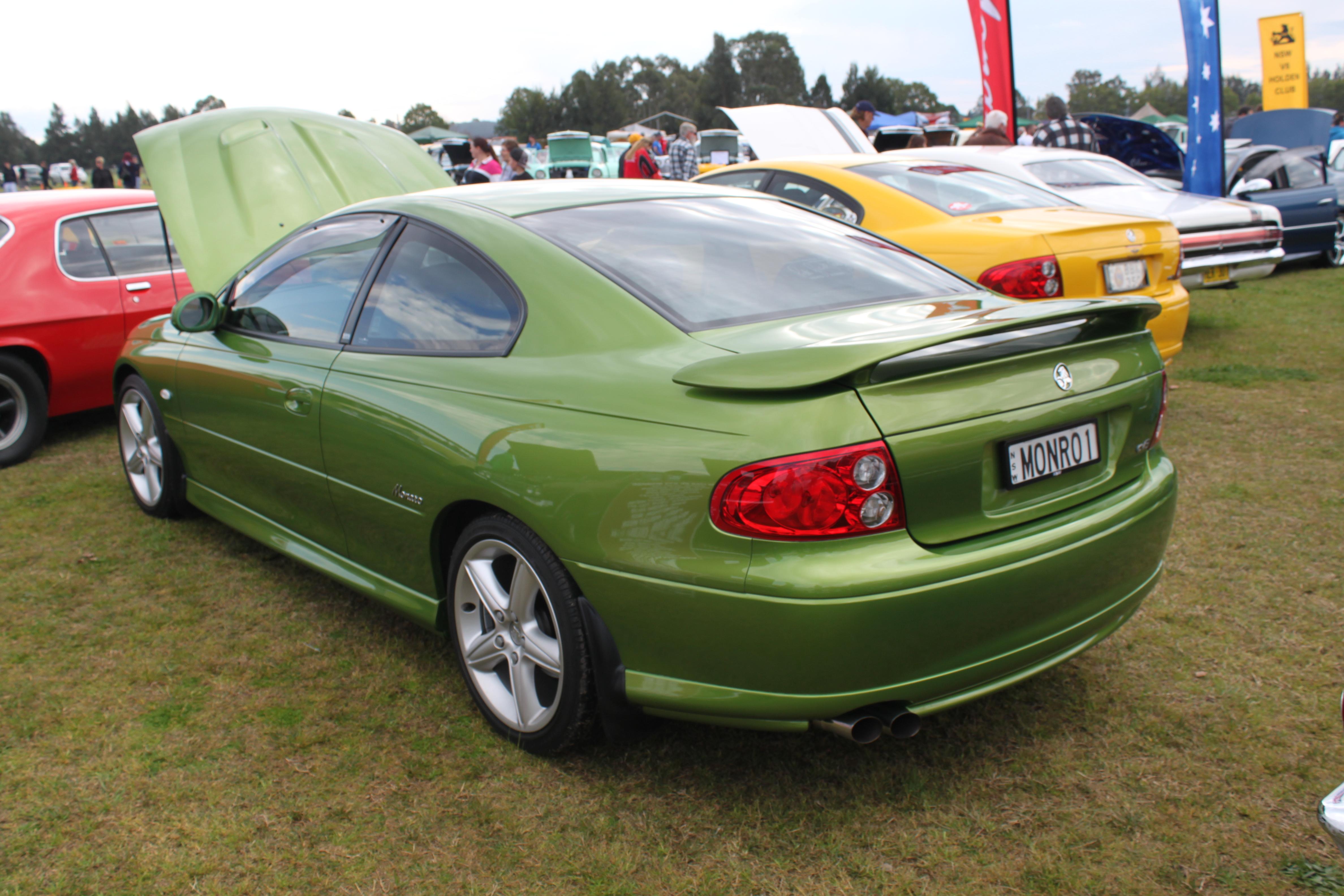 File:2002 Holden Monaro (V2) CV8 coupe (15688993989).jpg - Wikimedia