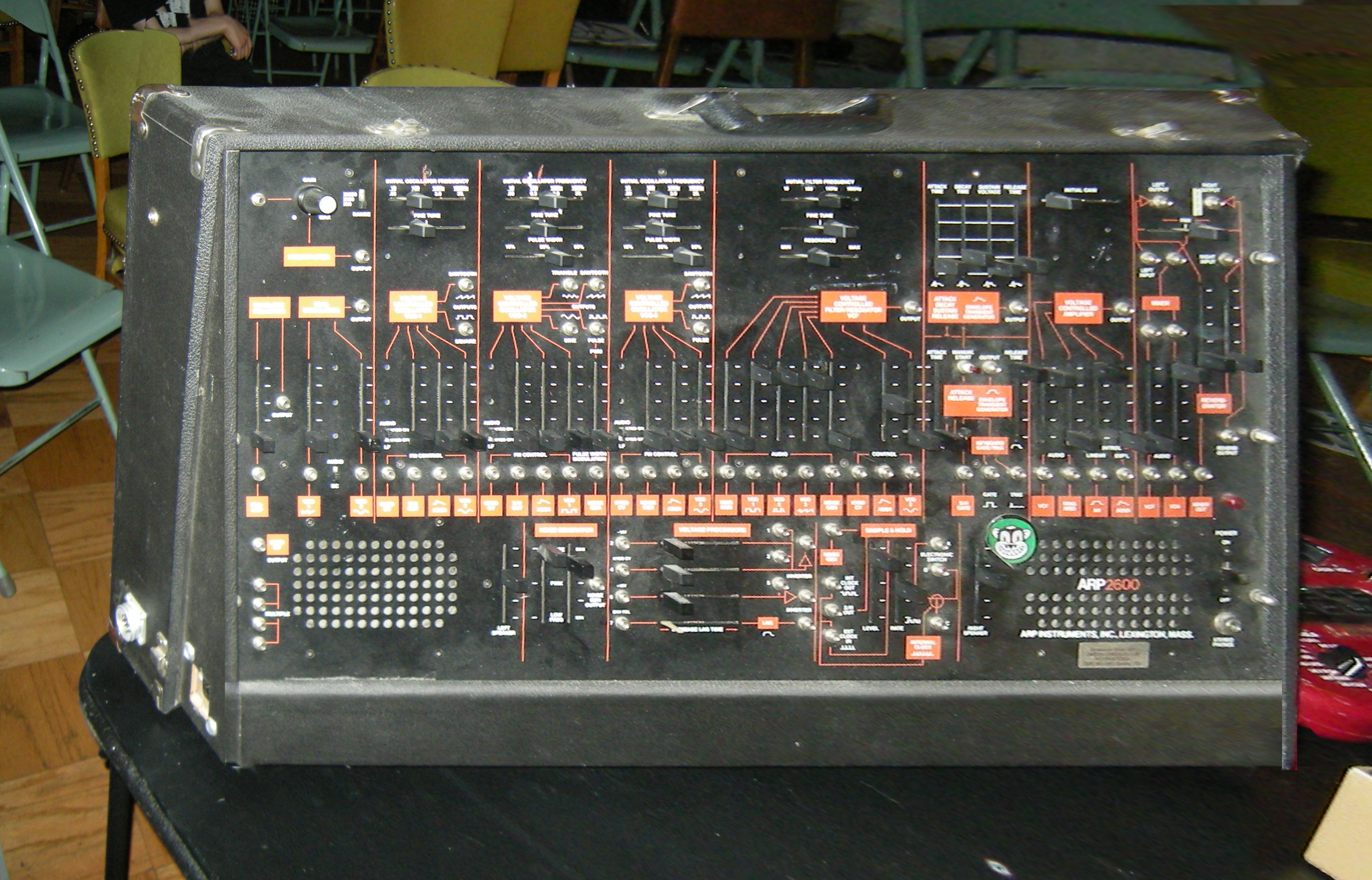 File:ARP 2601 v2.0 or v3.0 black-on-orange