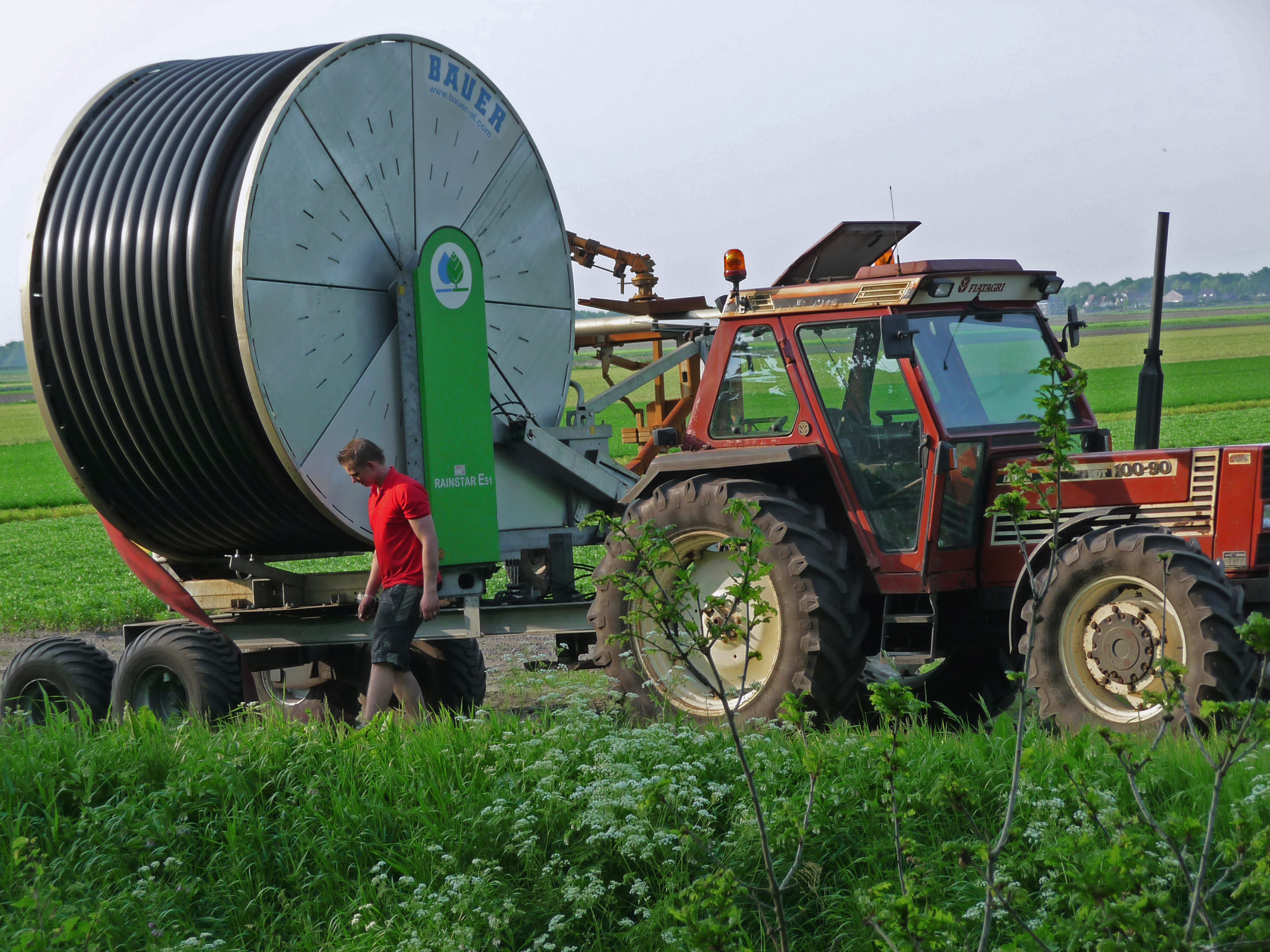 Tractor Water Pipe : Bestand a tractor with huge turning mobile role of