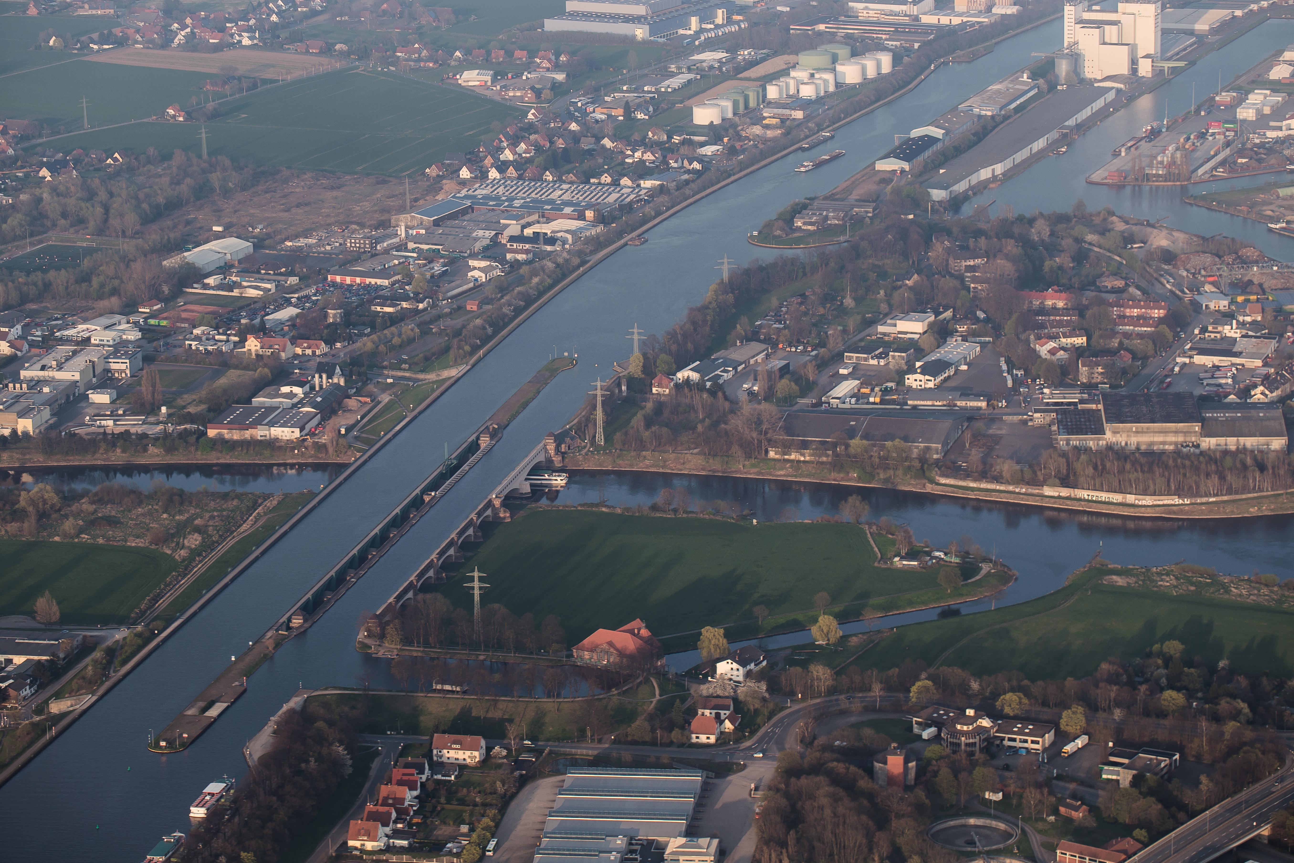 Aerial waterways intersection Weser Mittellandkanal Minden Germany.jpg
