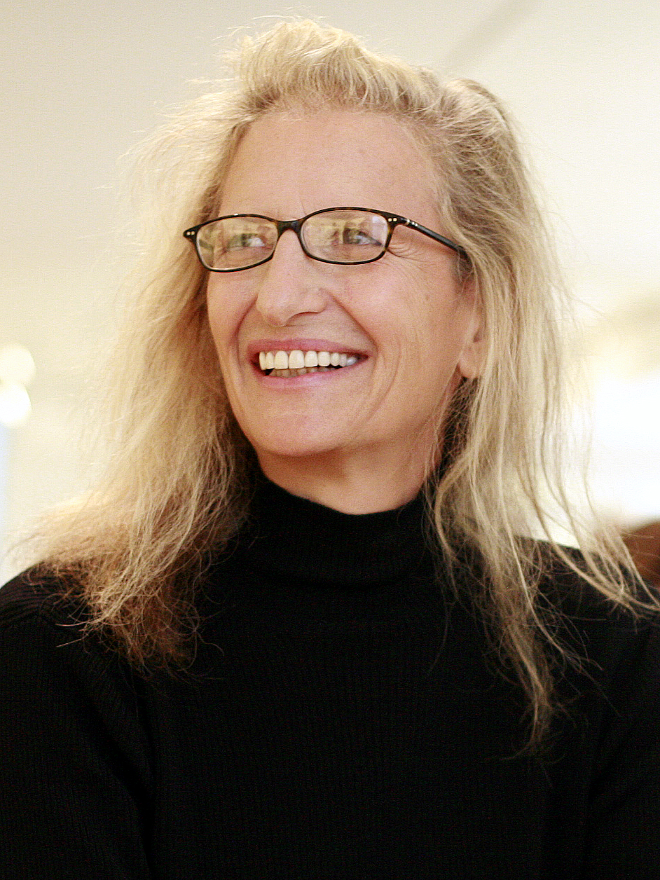 Annie Leibovitz earned a  million dollar salary, leaving the net worth at 20 million in 2017