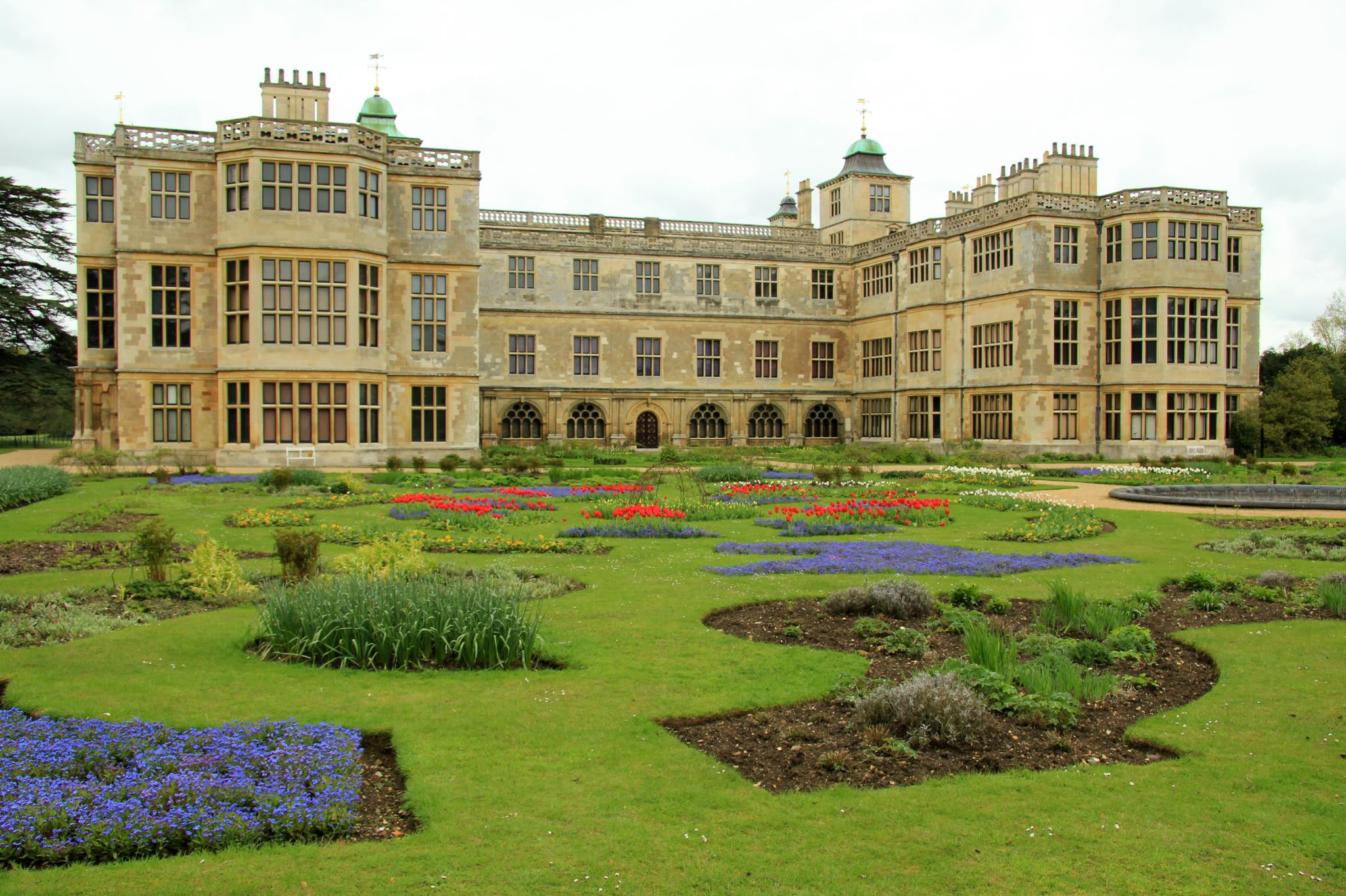 File:Audley End House & Gardens (EH) 06-05-2012 (7710603998).jpg ...