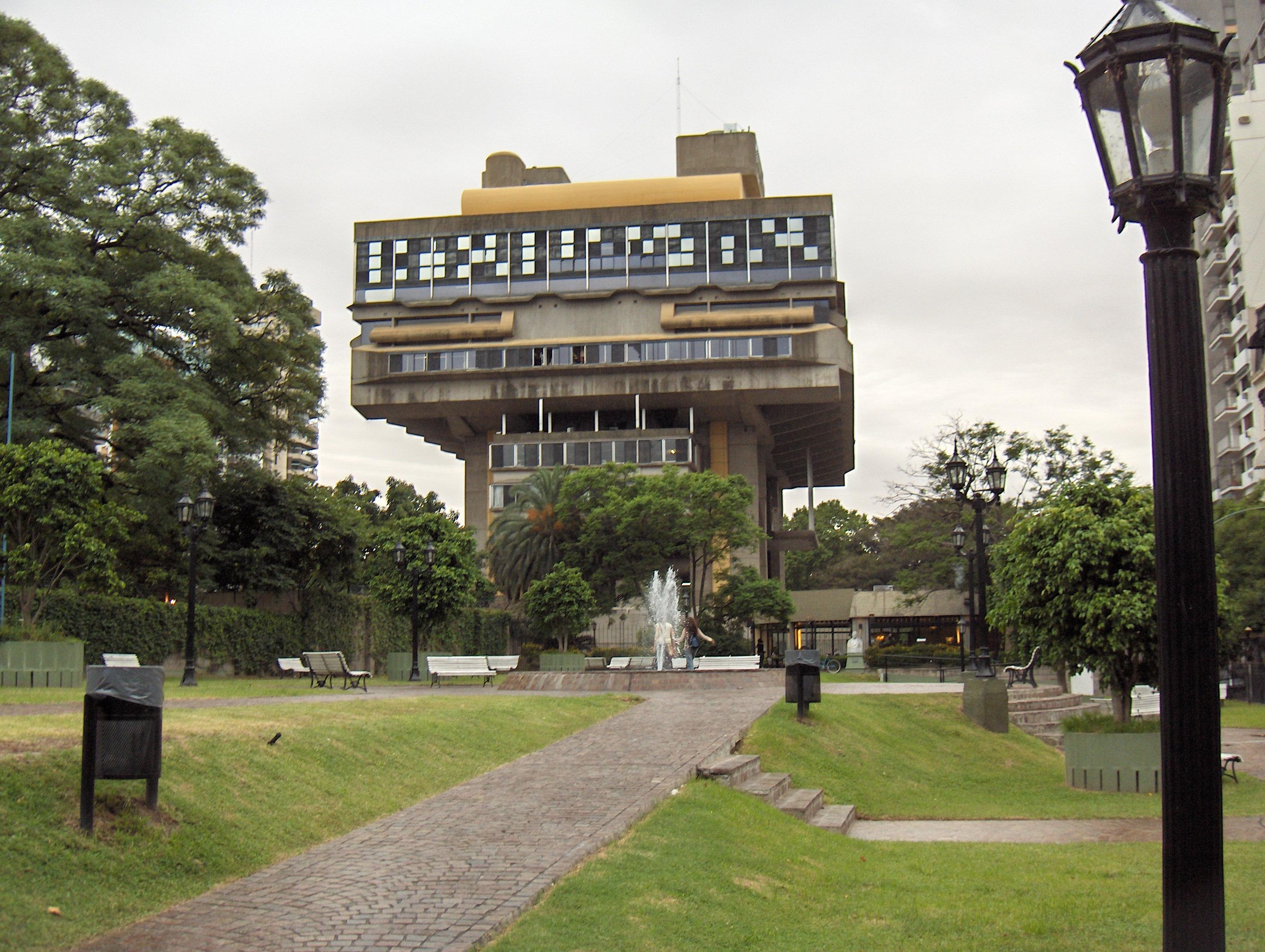 Descripción Biblioteca Nacional Buenos Aires.JPG