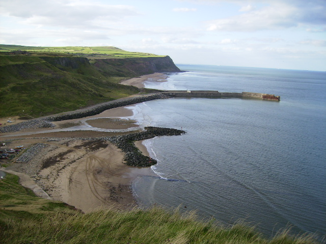 Cattersty Sands and the jetty near Skinningrove - geograph.org.uk - 253276