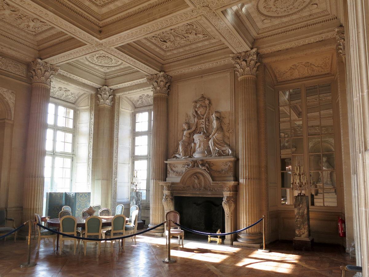 Dining room of the count of artois at the chateau de maisons laffitte part o - Le cosy maison laffitte ...