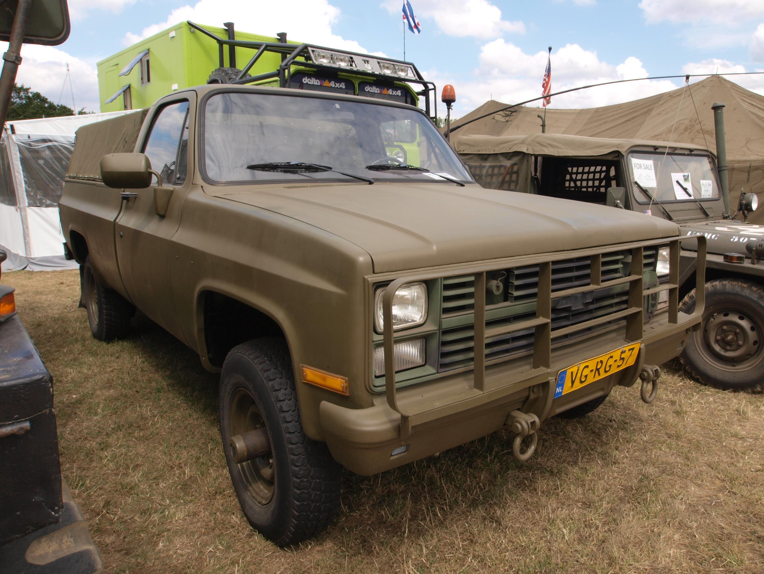 file chevrolet k30 pick up 1985 owned by piet kelders jpg