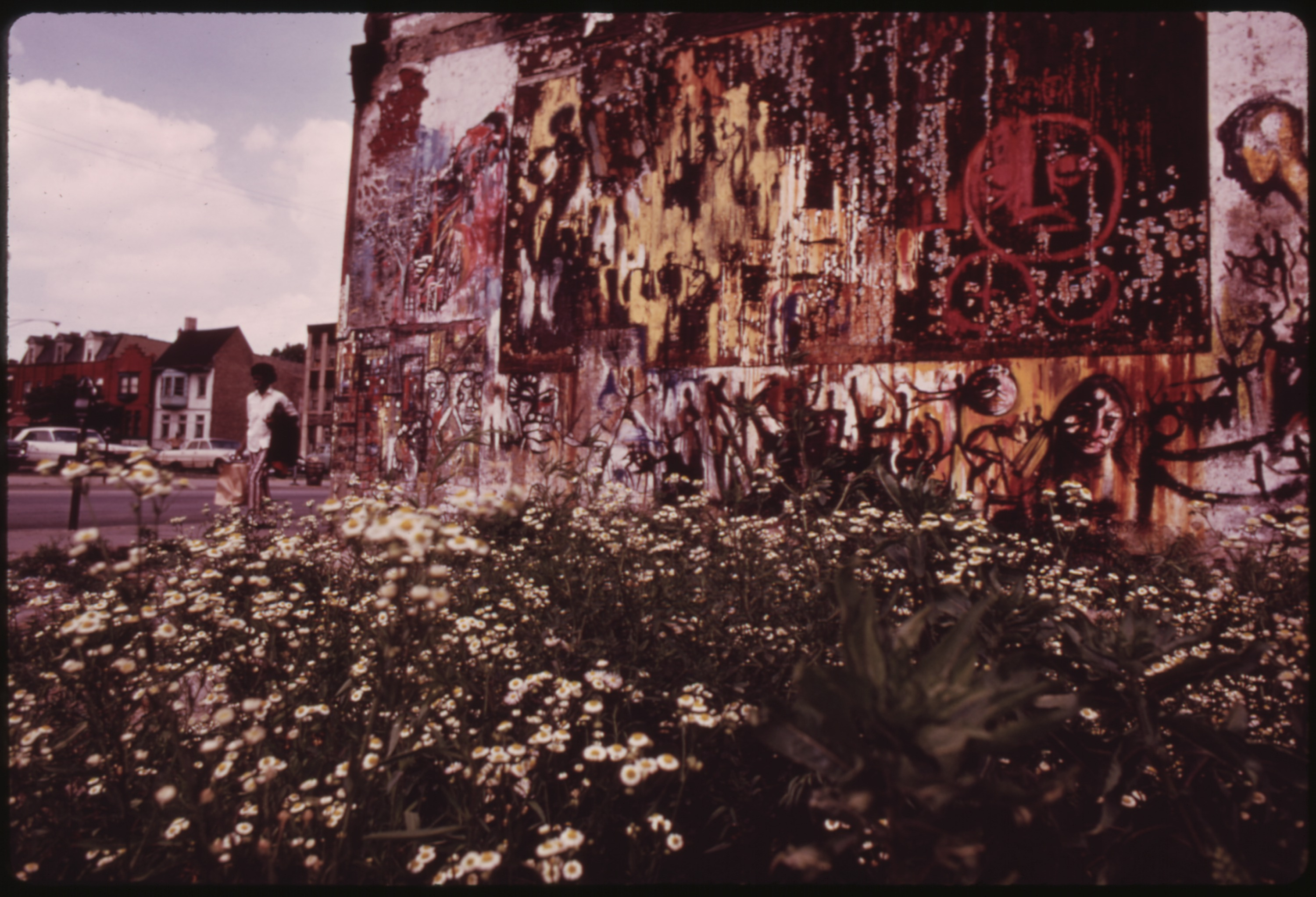 File:DETERIORATED WALL MURAL ADJACENT TO A VACANT LOT ON ...
