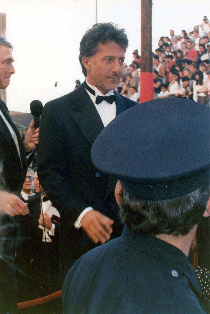 Dustin Hoffman 1989.jpg