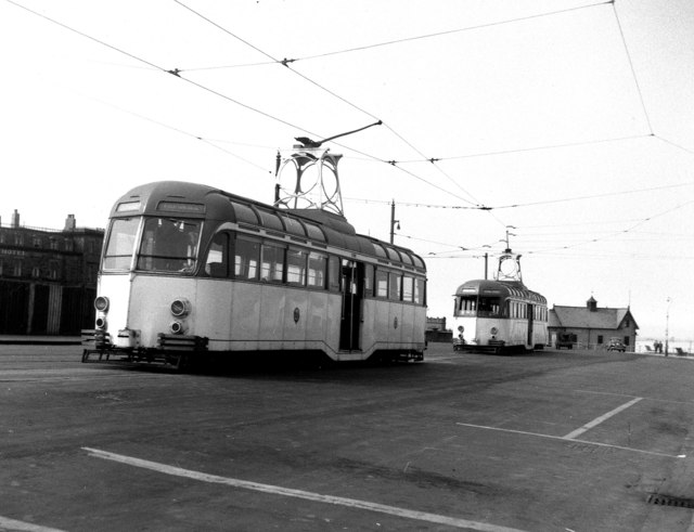 tram singles & personals An original idea is to visit rome on a tram dating back to the 1920s, transformed into a restaurant and concert hall, where you can hear the wonderful soprano voice as laura pugliese and.