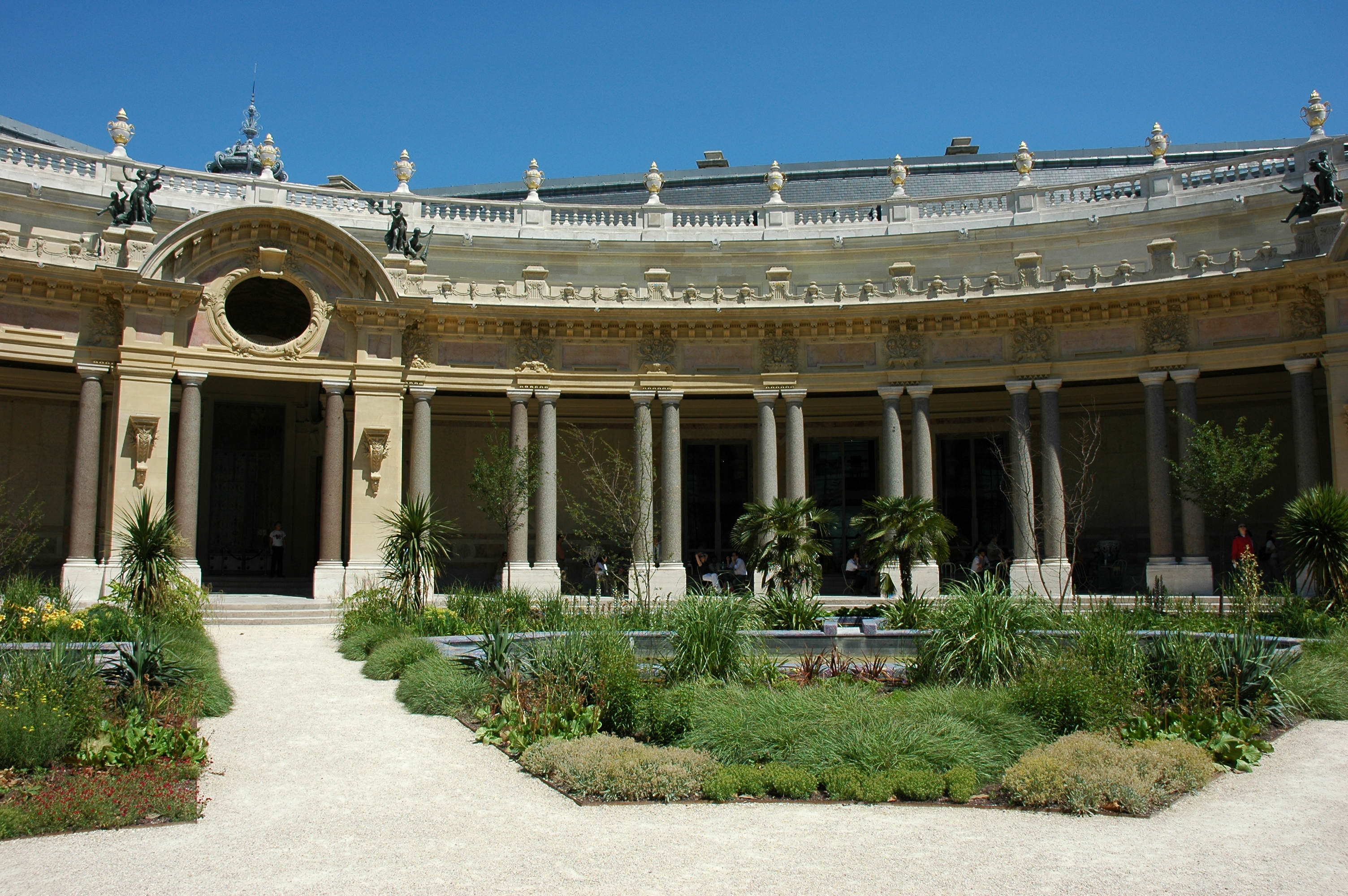 File:France Paris Petit Palais Jardin interieur 04.JPG - Wikimedia ...