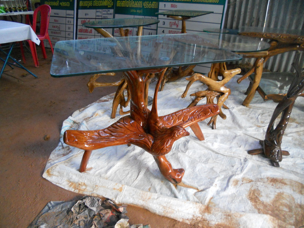 File:Furniture Made Of Cofee Tree Root