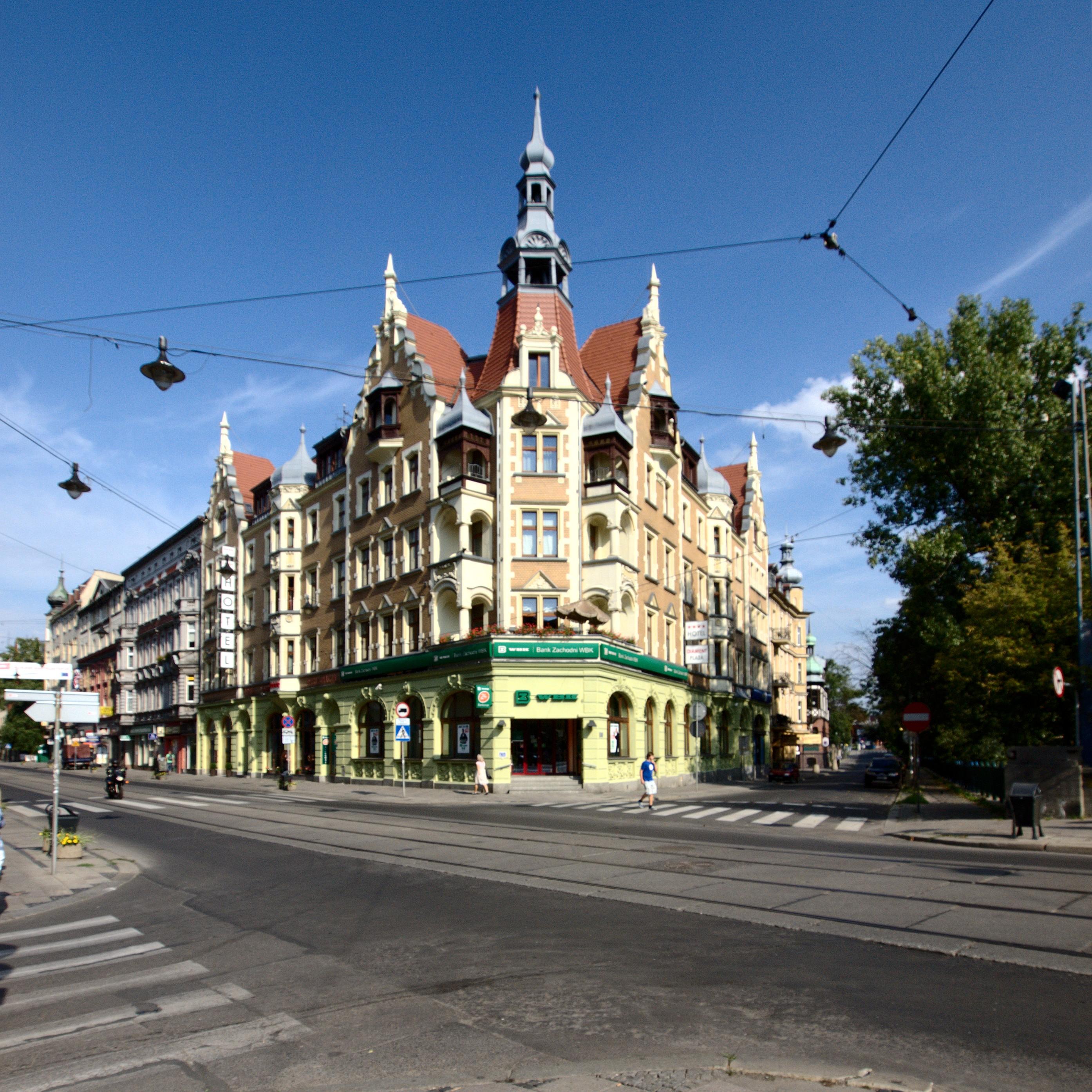 File Gliwice Zwyci U0119stwa Hotel Diament 04 09 2011 P9049575