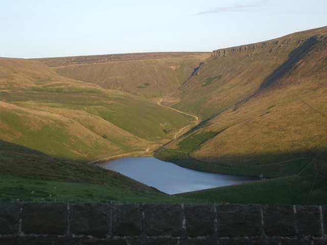 Greenfield Reservoir - geograph.org.uk - 1434570