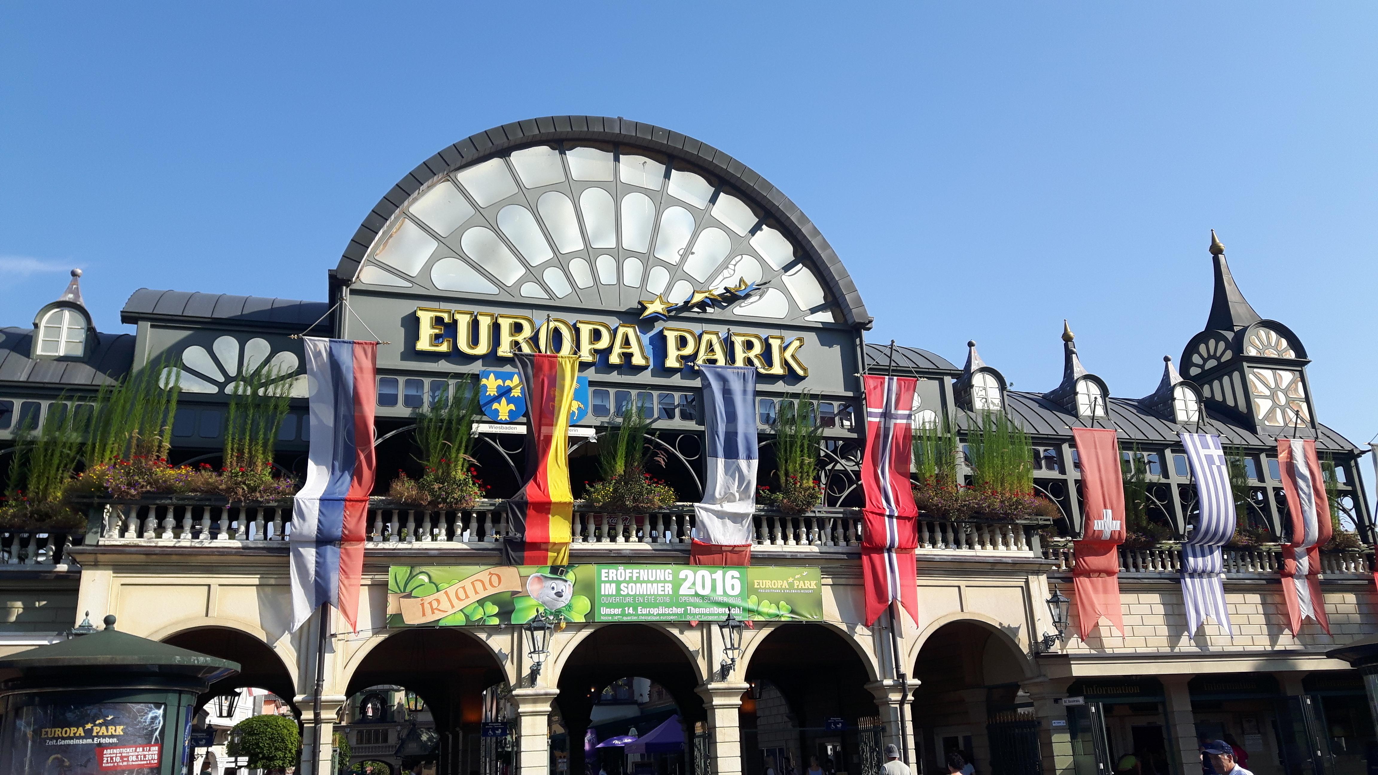 Haupteingang Europa-Park Rust.jpg