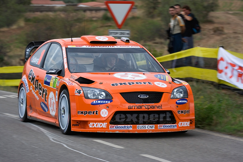 Znalezione obrazy dla zapytania Ford Focus Wrc Henning solberg