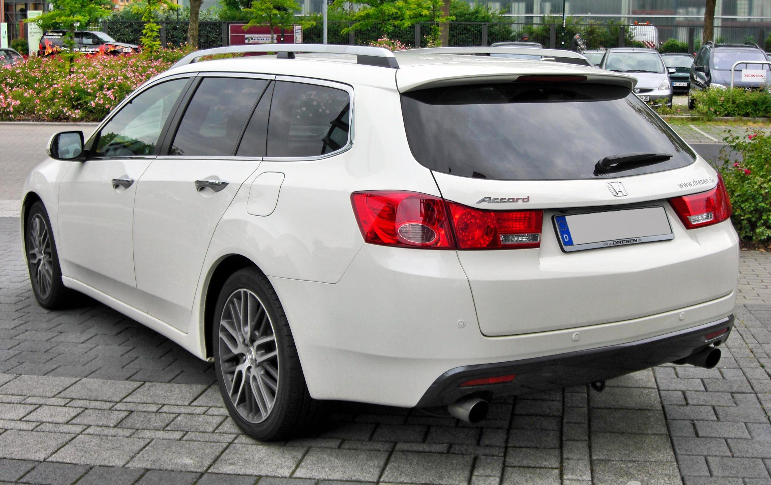 File Honda Accord Viii Tourer 2 4i Executive 20090620 Rear