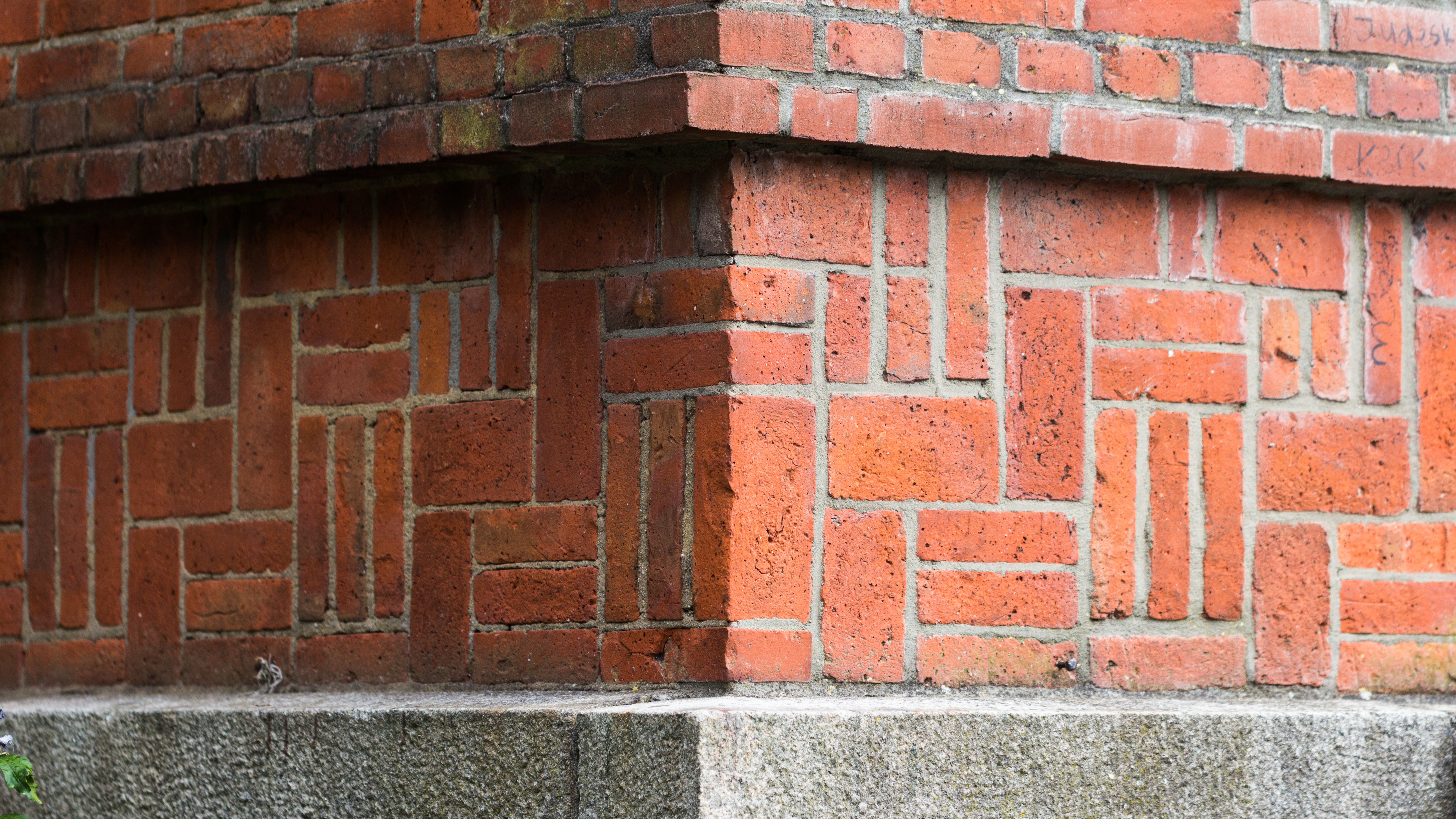 File Intricate Patterns In Brick Laying 29947248771 Jpg Wikimedia Commons