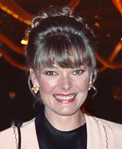 In 1984 and 1985, Jane Curtain won consecutively for her performance in Kate & Allie.