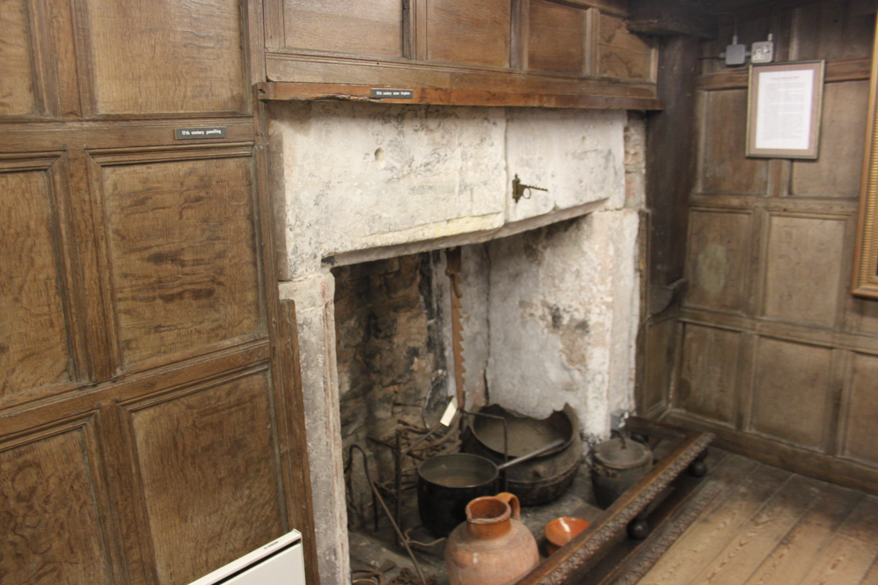 FileKing Johns Hunting Lodge Axbridge Fireplace