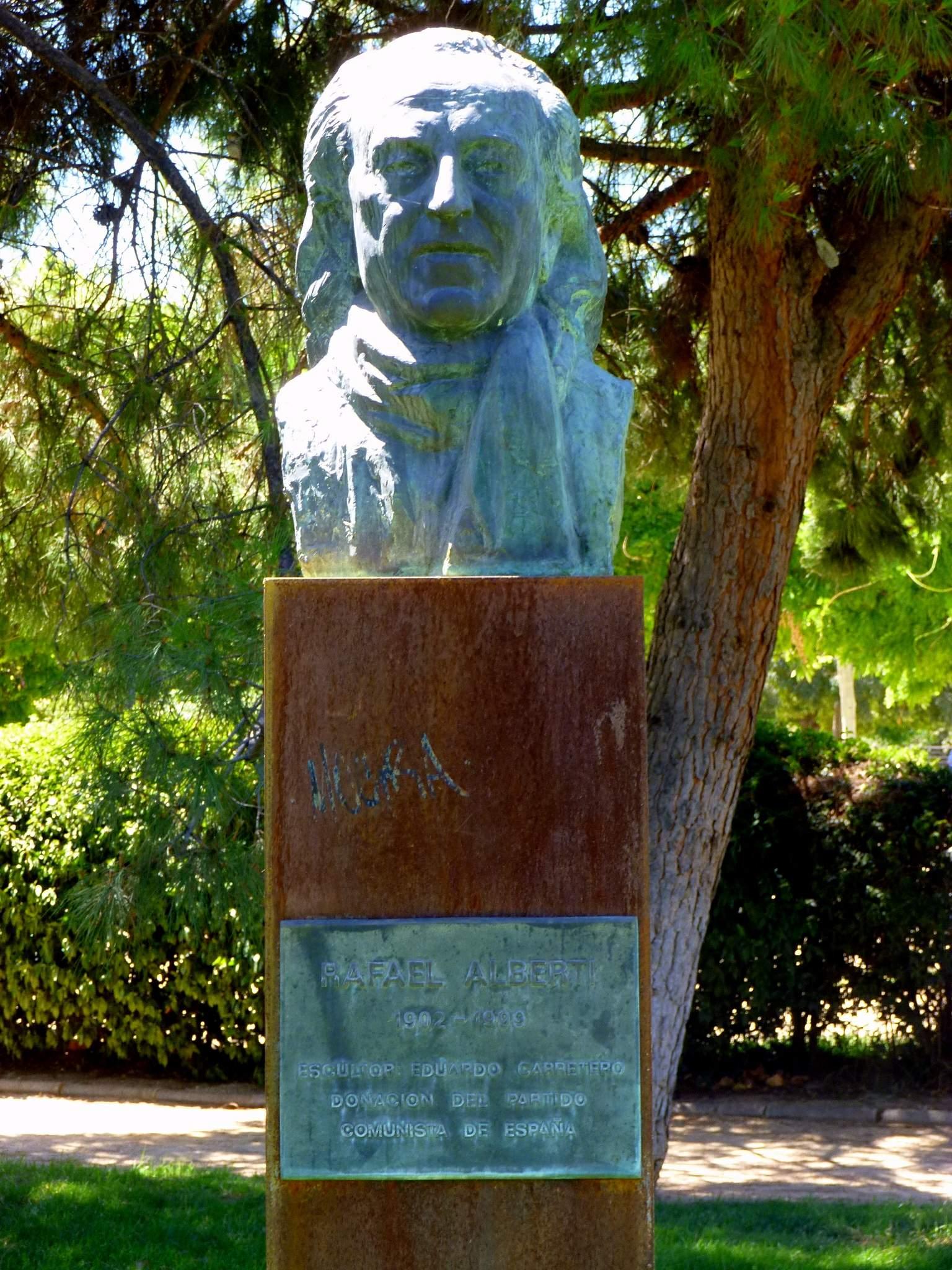Monumento a Alberti en Leganés.