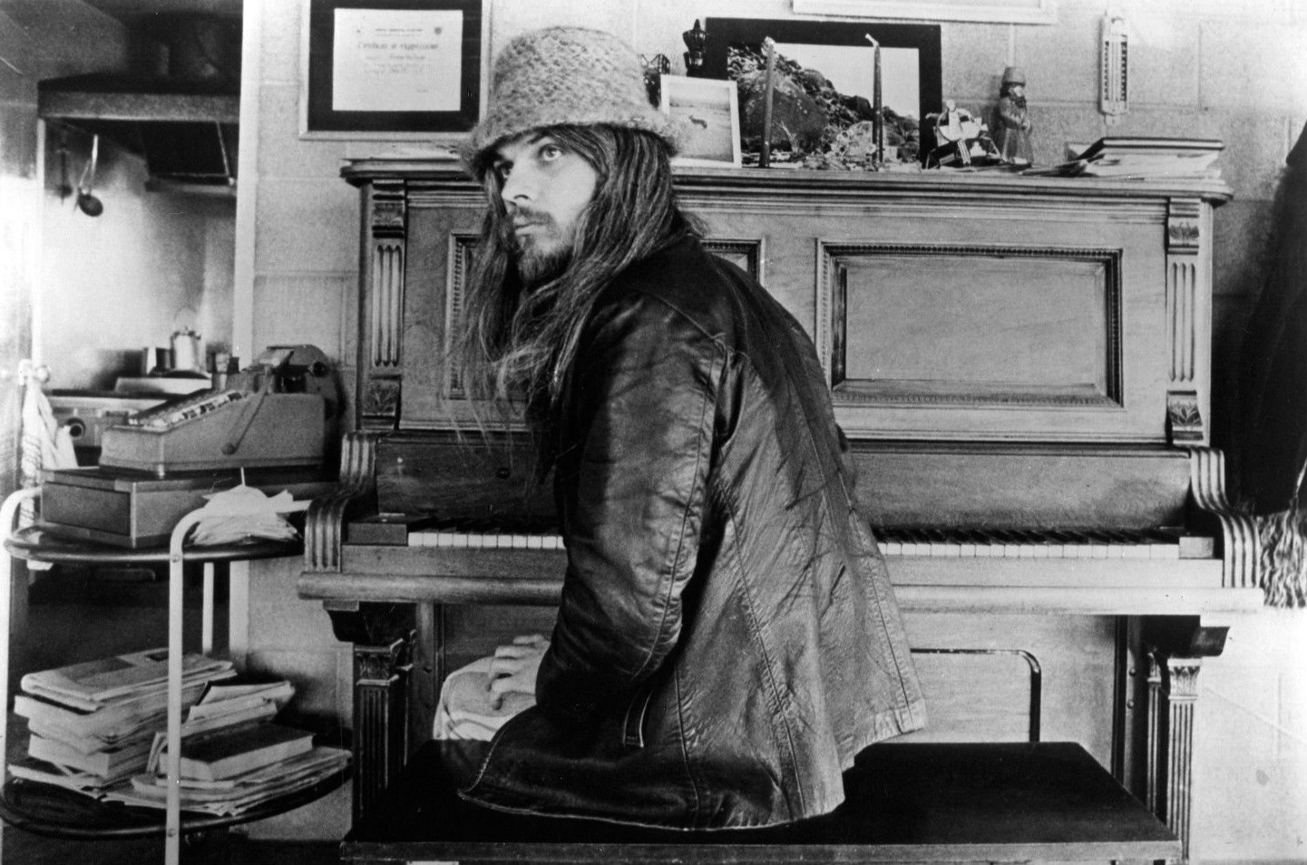 La versión del A Hard Rain's A-Gonna Fall de Leon Russell
