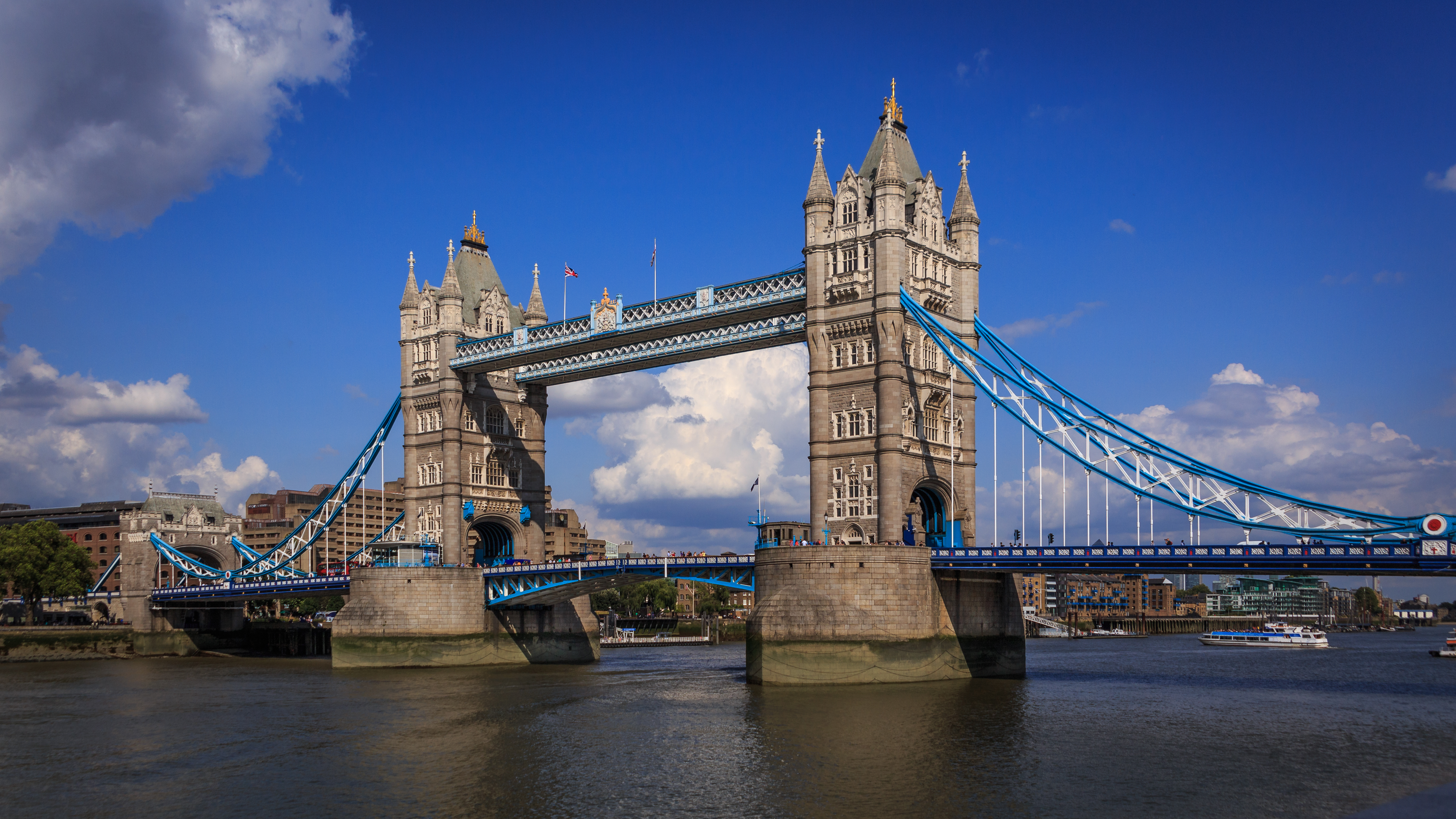 File london london tower bridge 140806 for Design bridge london