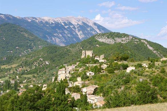 Montbrun-&-Mt-ventoux