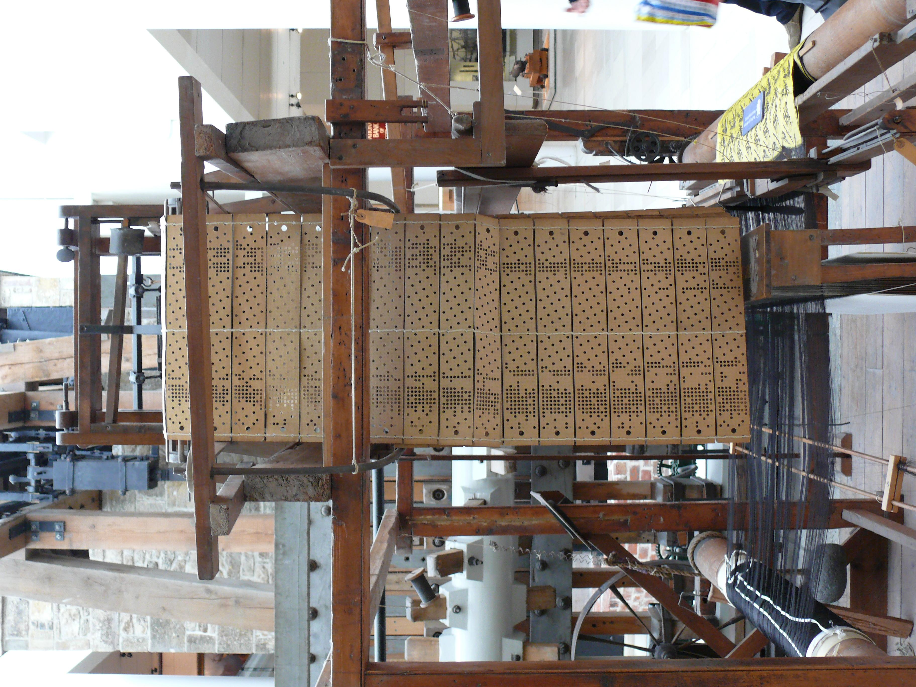 File:NMS Jacquard loom 2.JPG - Wikimedia Commons