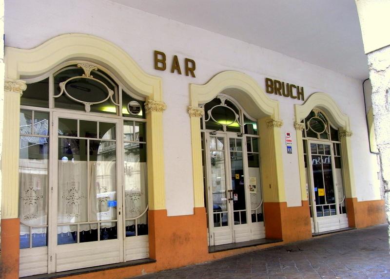 Plaça del Blat (Valls) - 1.jpg